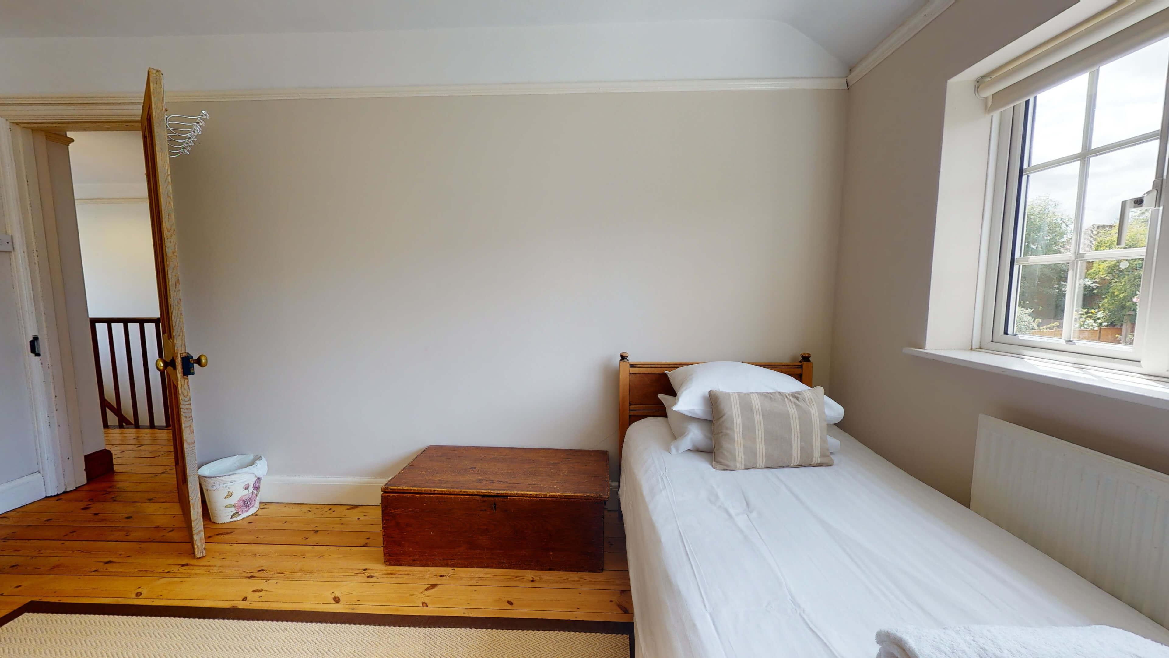 Hollycroft Hollycroft Twin Bedroom 3