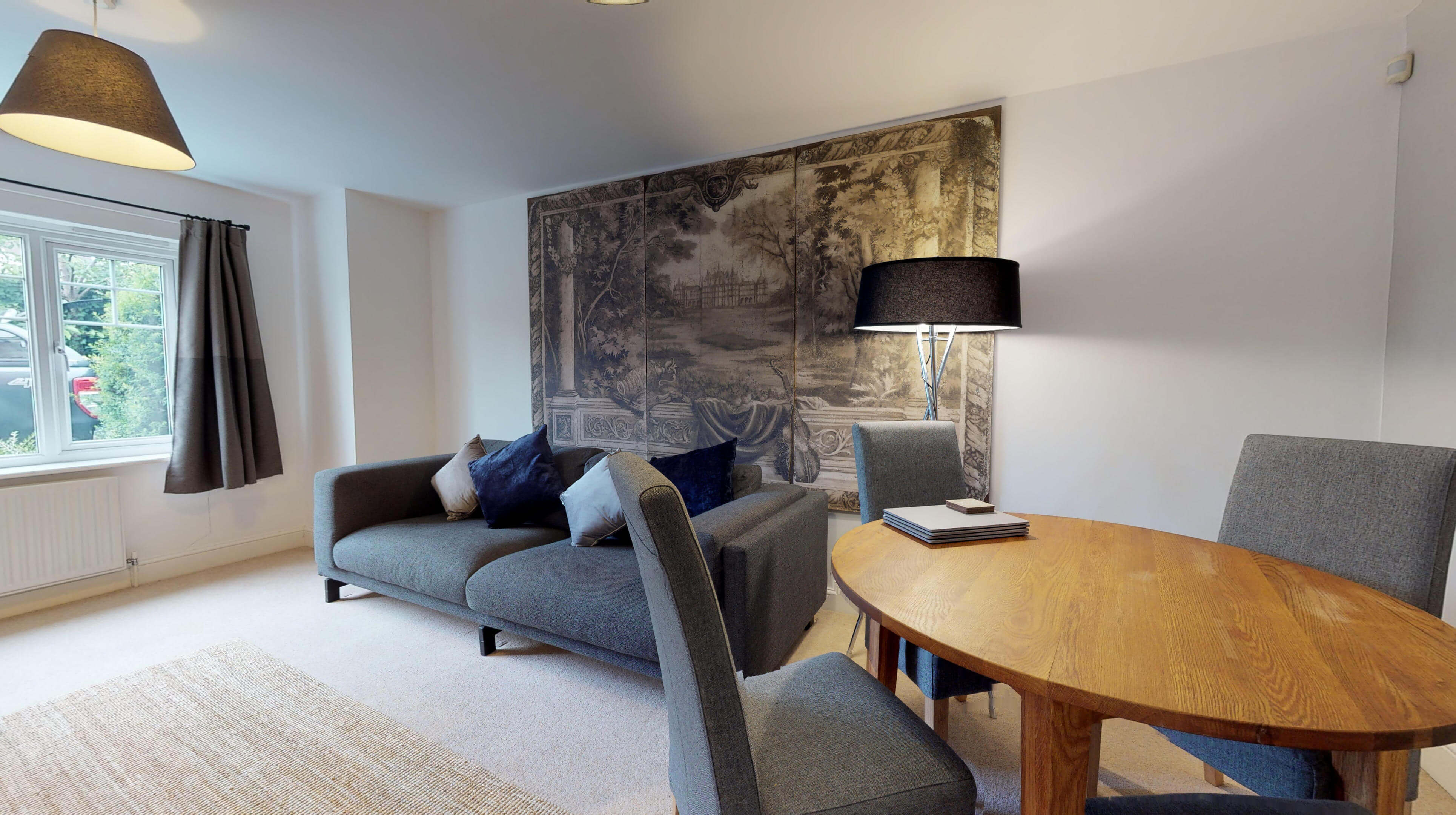 Oxford Serviced Apartments Hensington Suite Dining Area