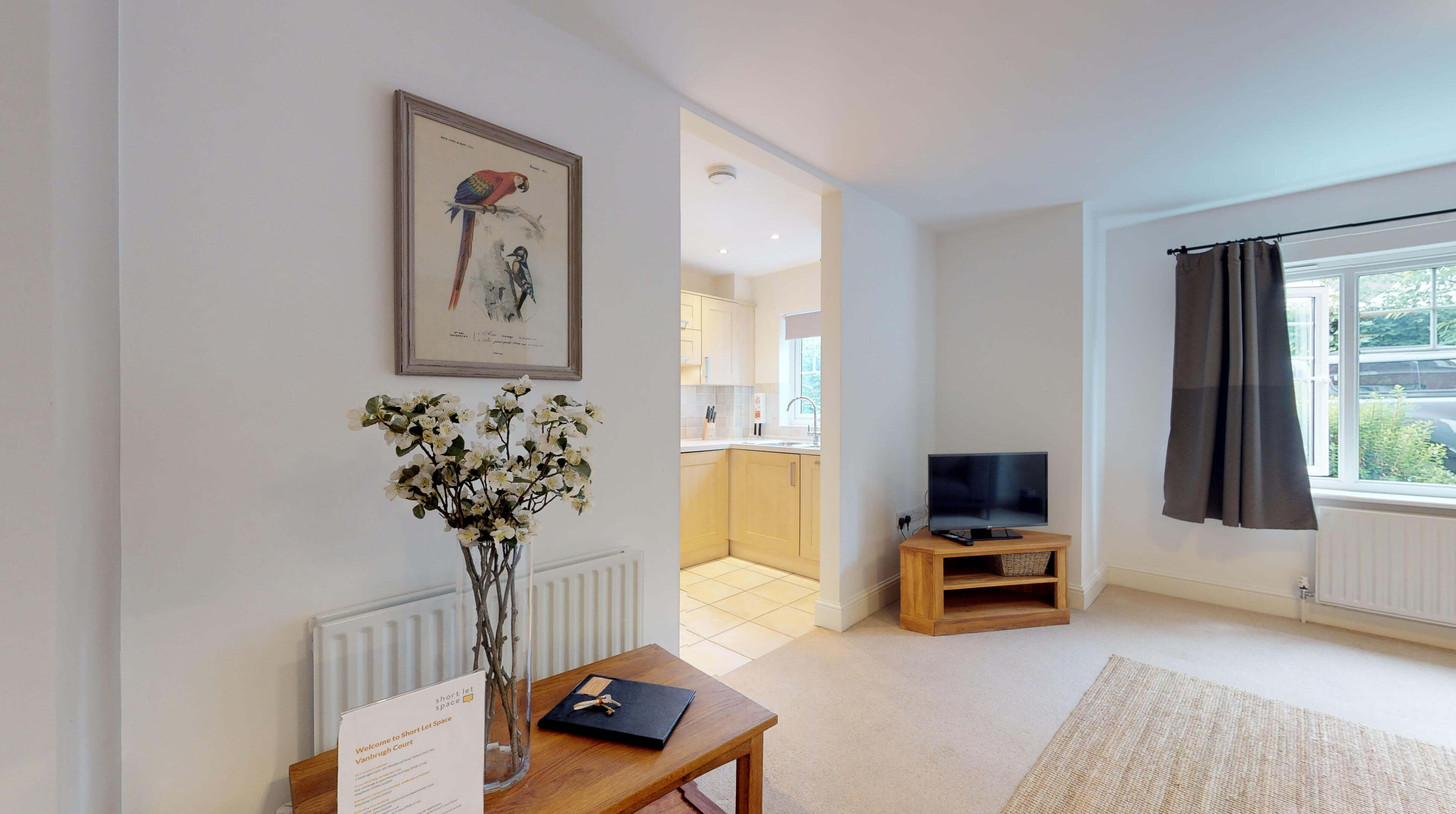 Oxford Serviced Apartments Hensington Suite Livingroom Kitchen