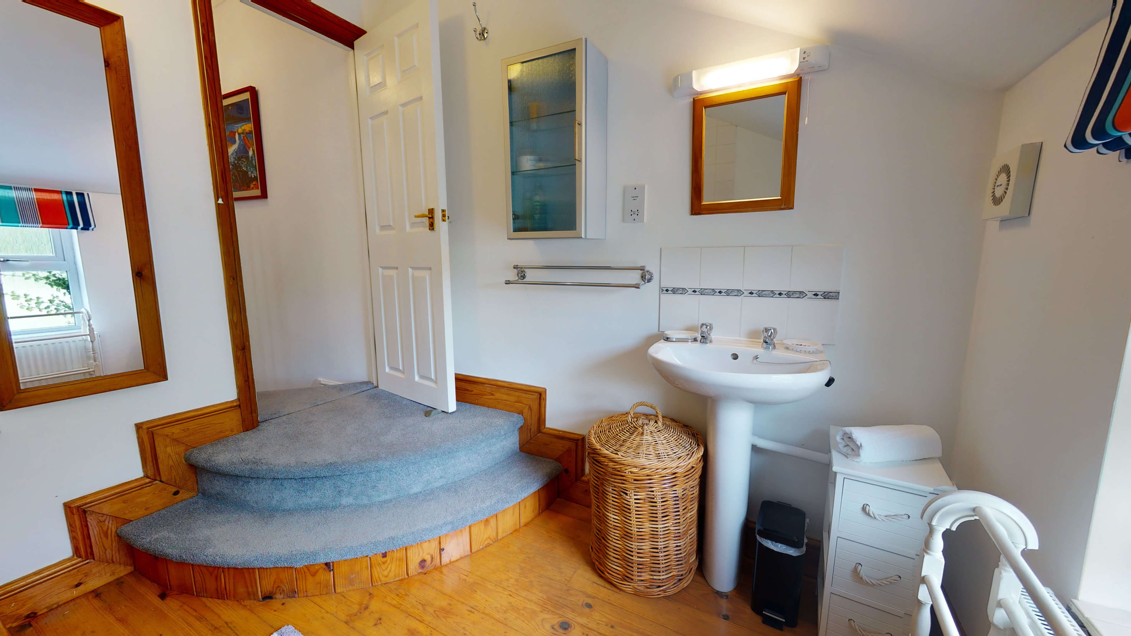 Corner House Corner House Bathroom