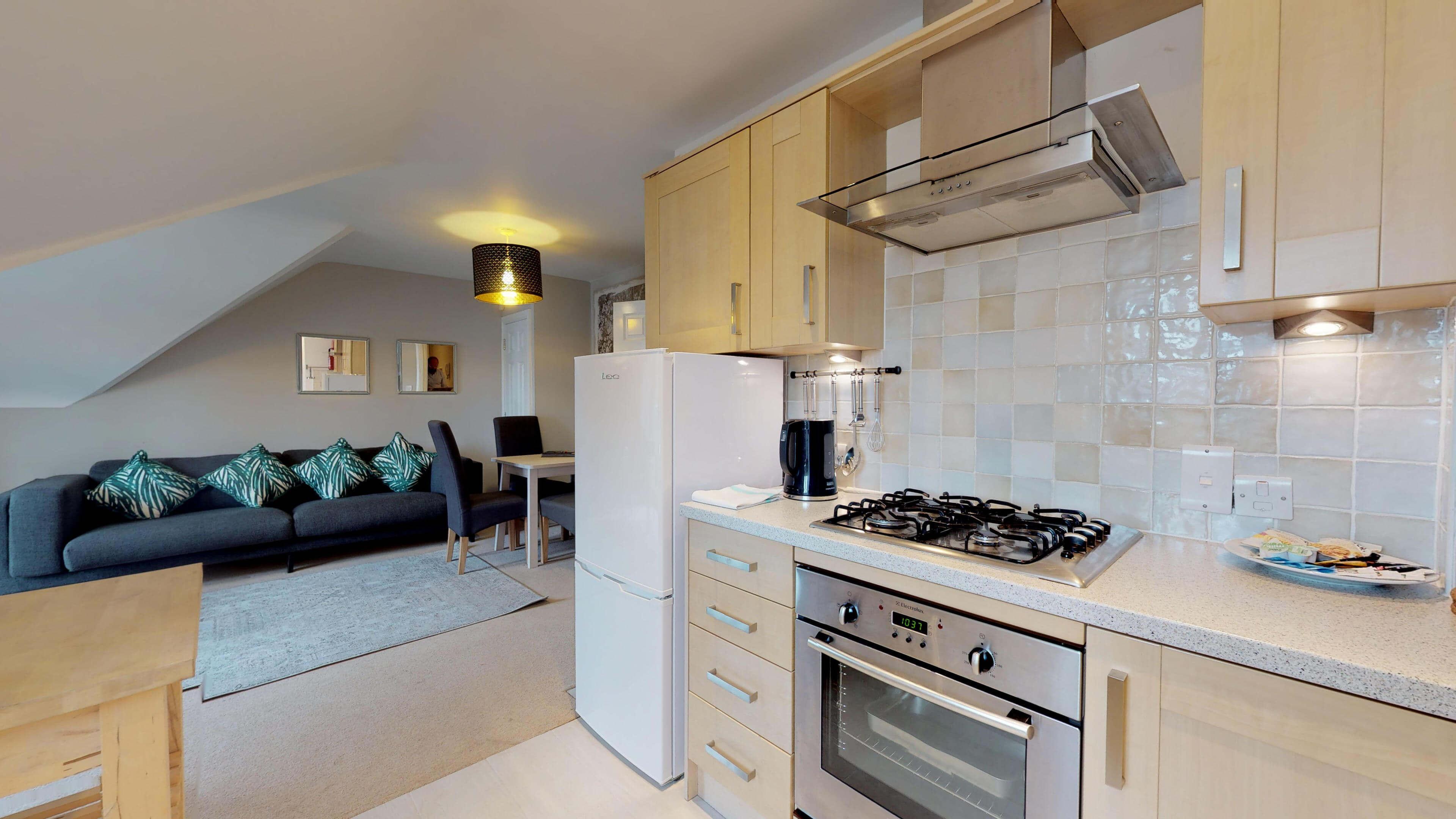 Oxford Serviced Apartment Vanbrugh Spencer Suite Kitchen Living