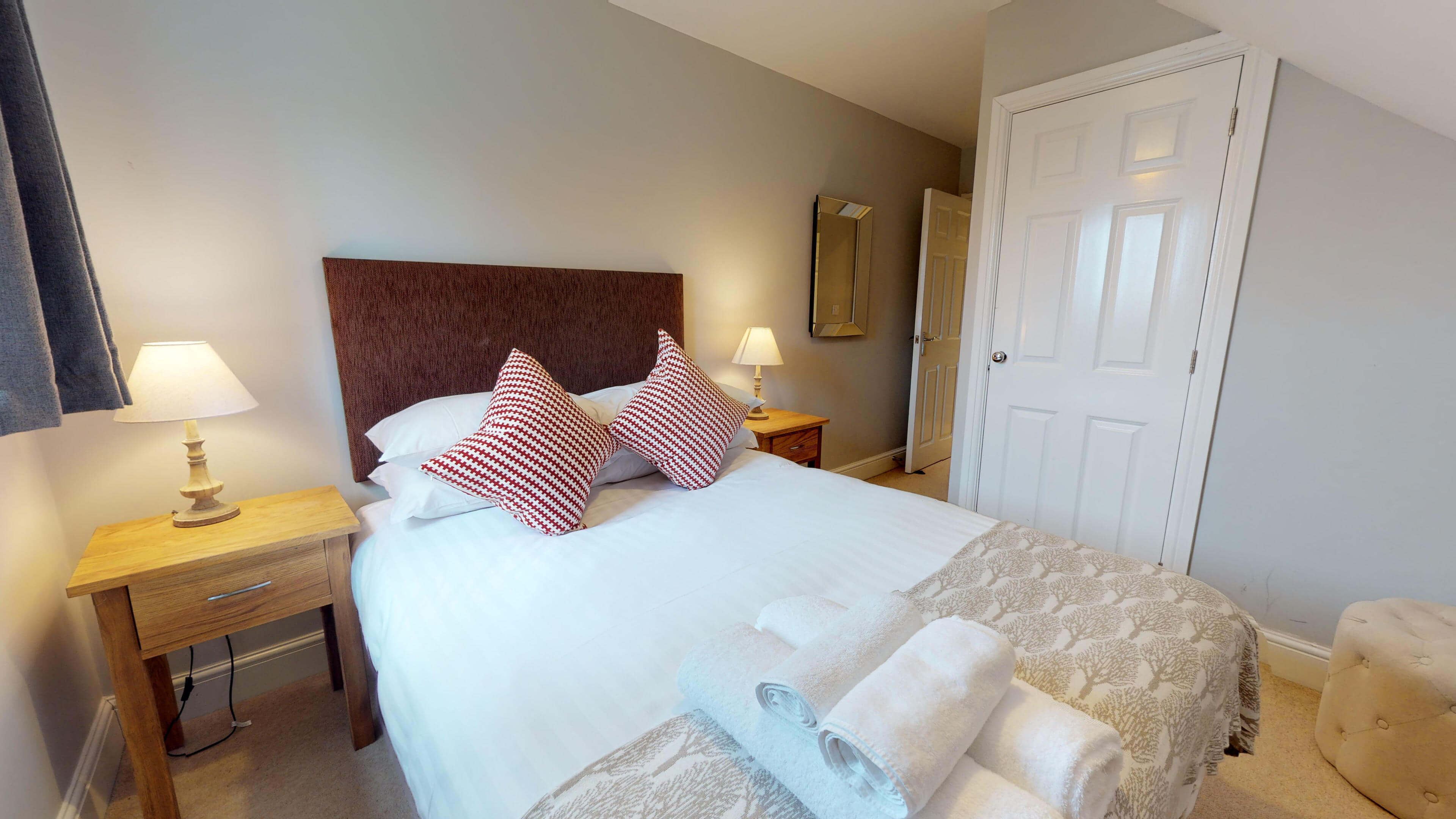 Oxford Serviced Apartment Vanbrugh Spencer Suite Side