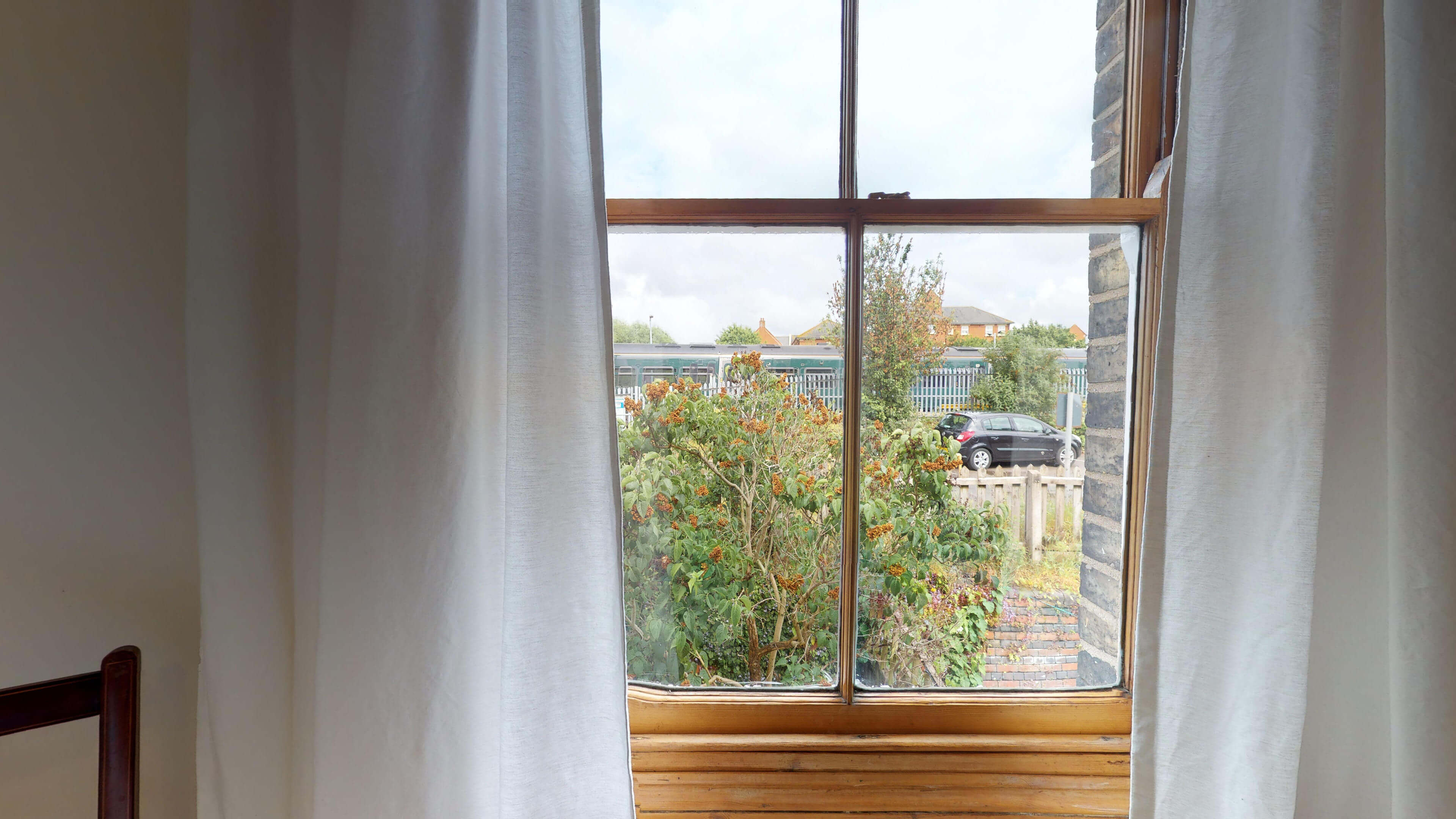 Oxford Two Bedroom Abbey Road Single Bedroom View