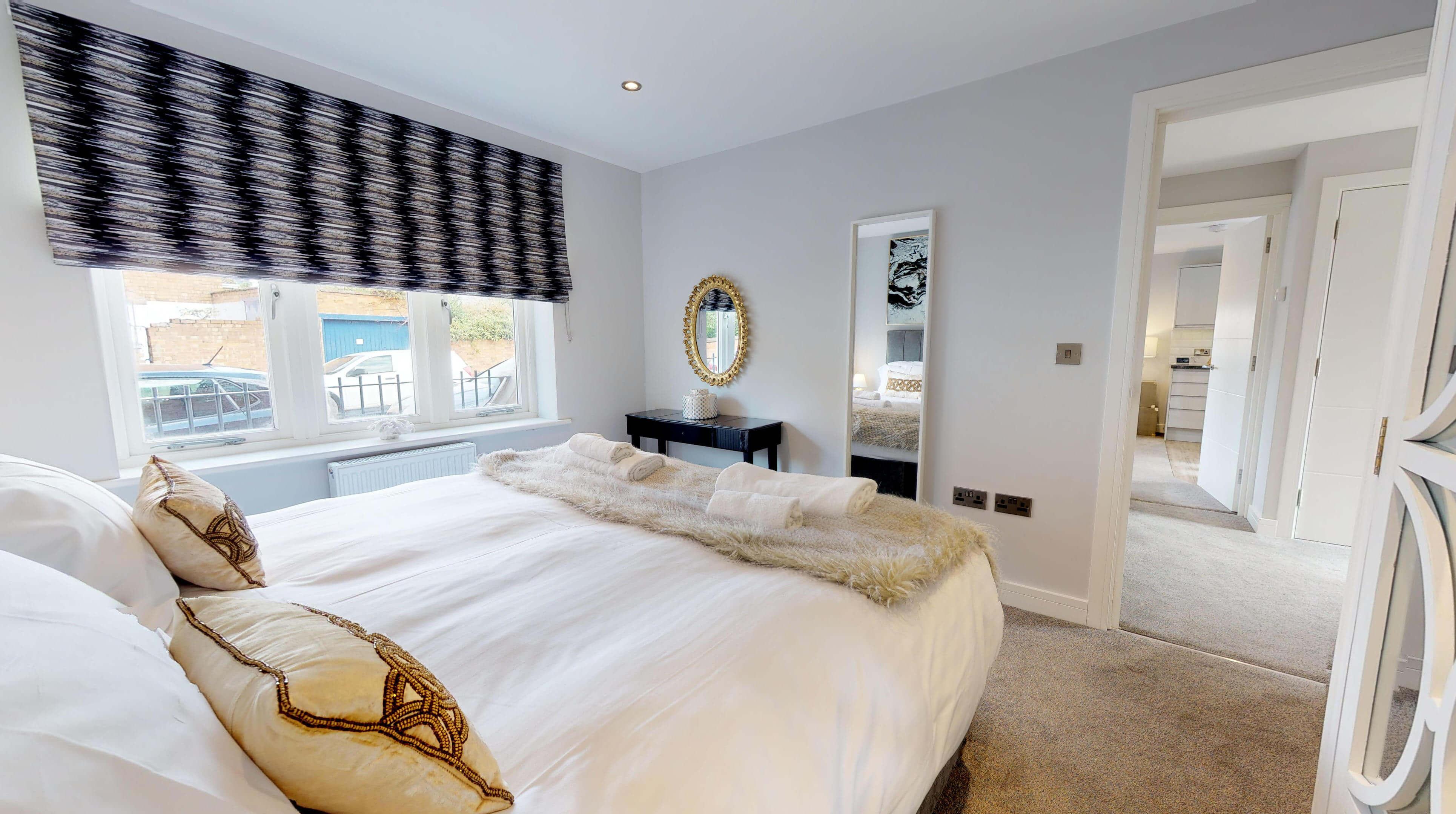 Leamington Spa Serviced Apartments Dunara Warwick Bedroom 3