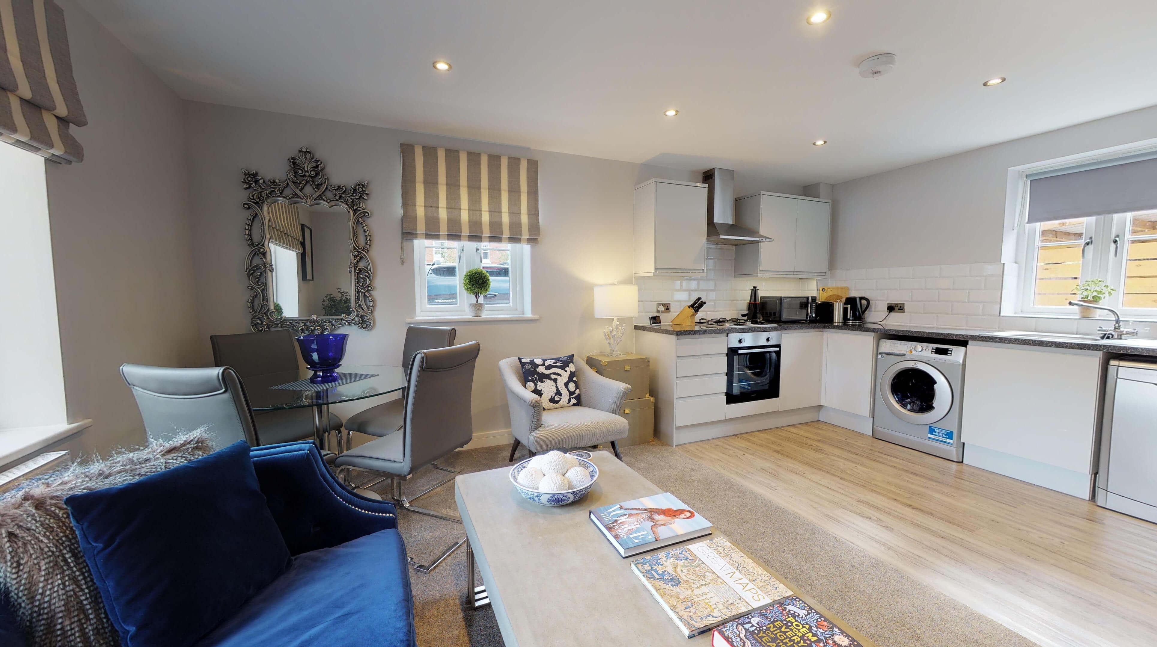 Leamington Spa Serviced Apartments Dunara Warwick Living Kitchen