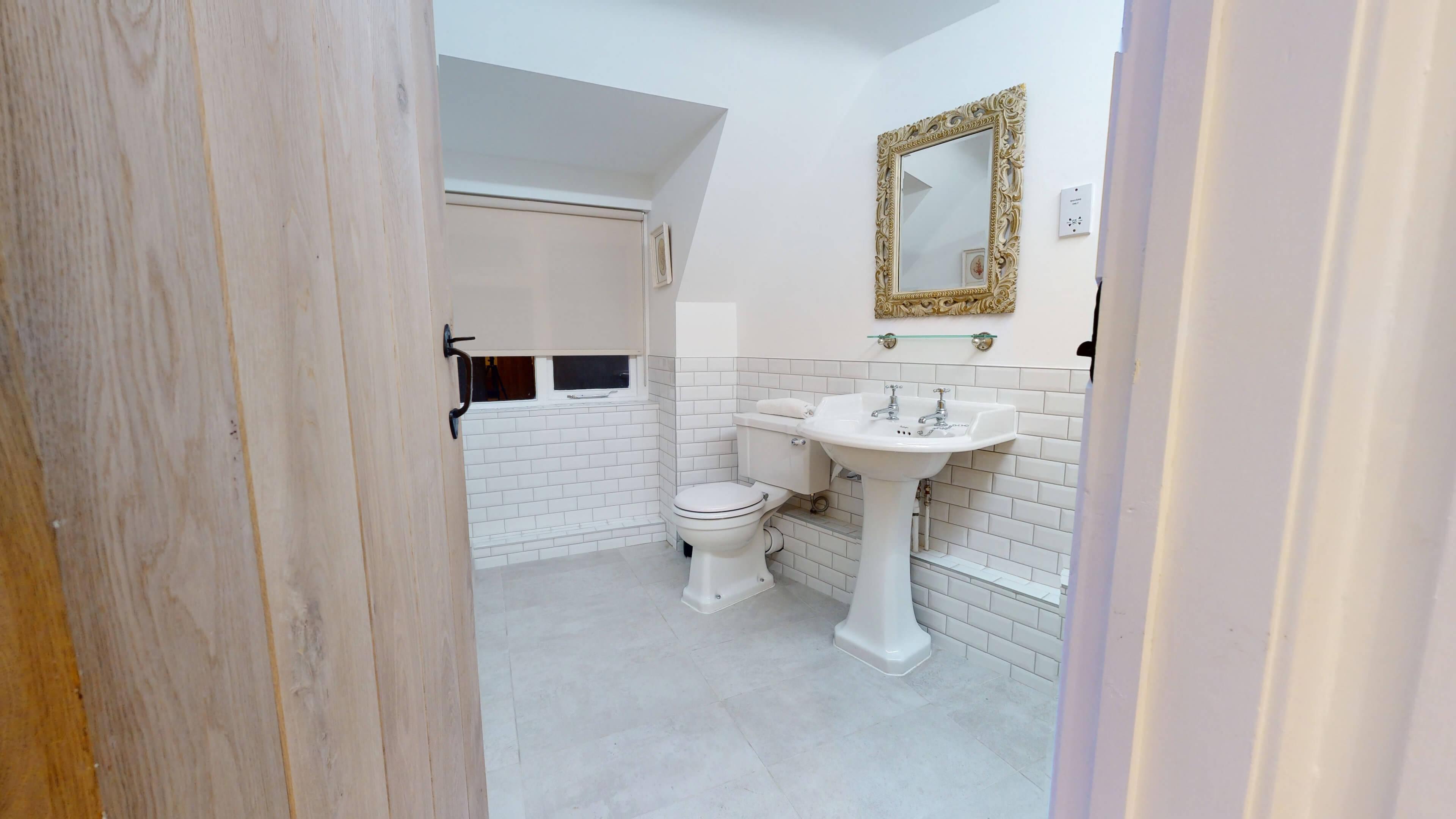Bushnells Cottage Bushnells Cottage Bathroom3