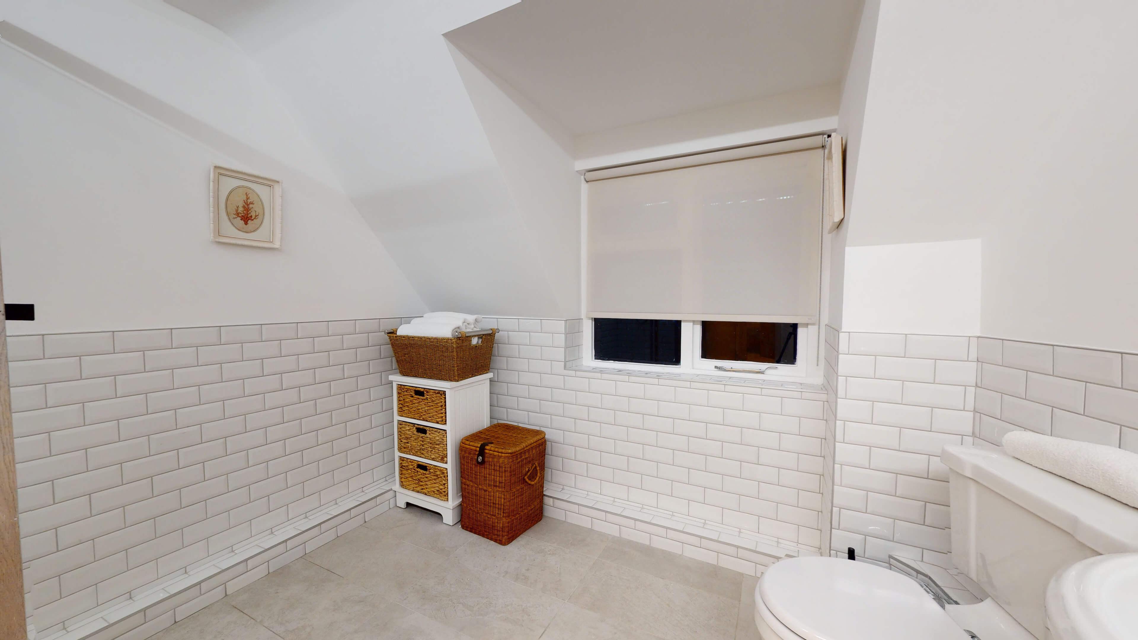 Bushnells Cottage Bushnells Cottage Bathroom2