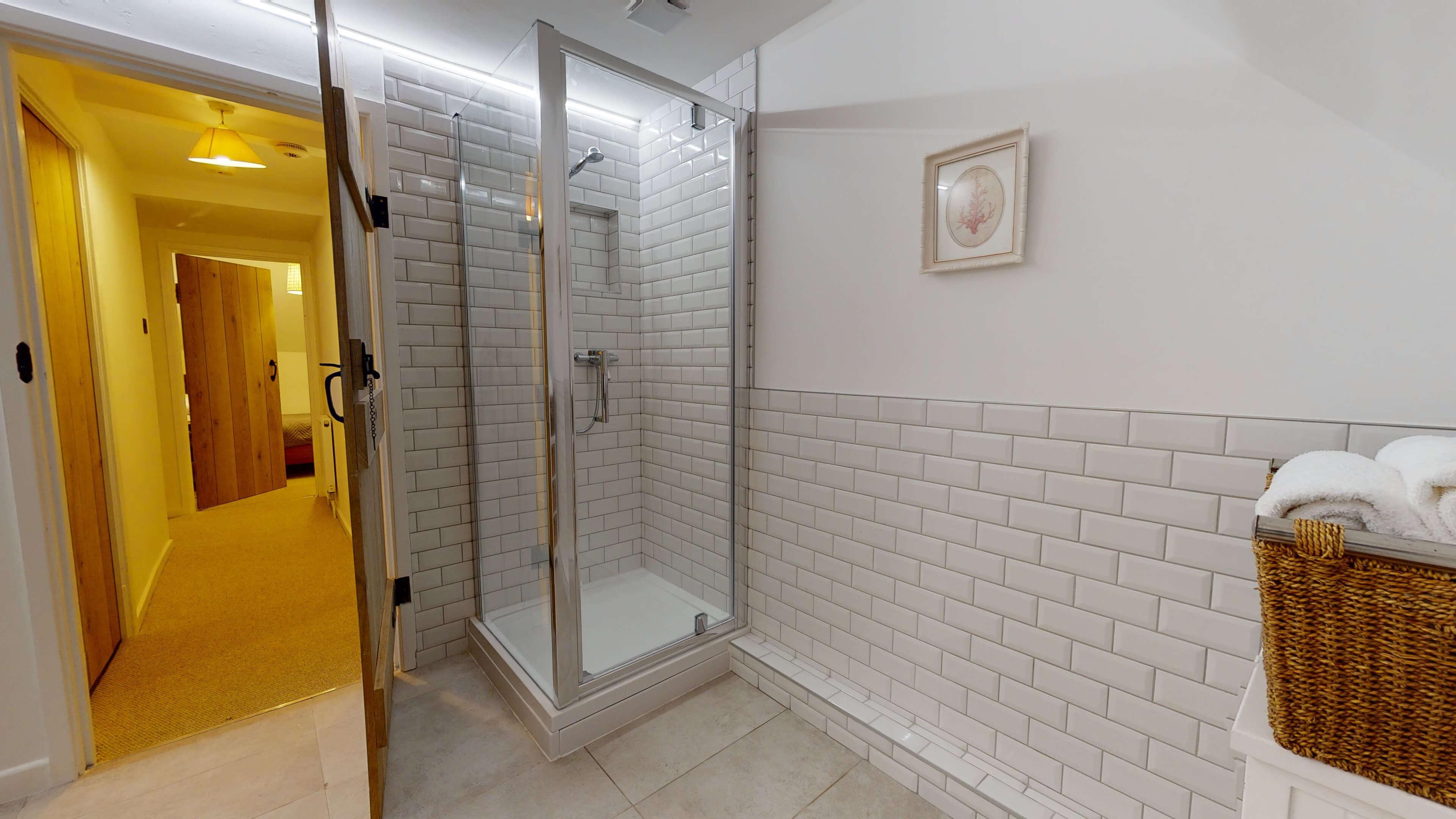 Bushnells Cottage Bushnells Cottage Bathroom1