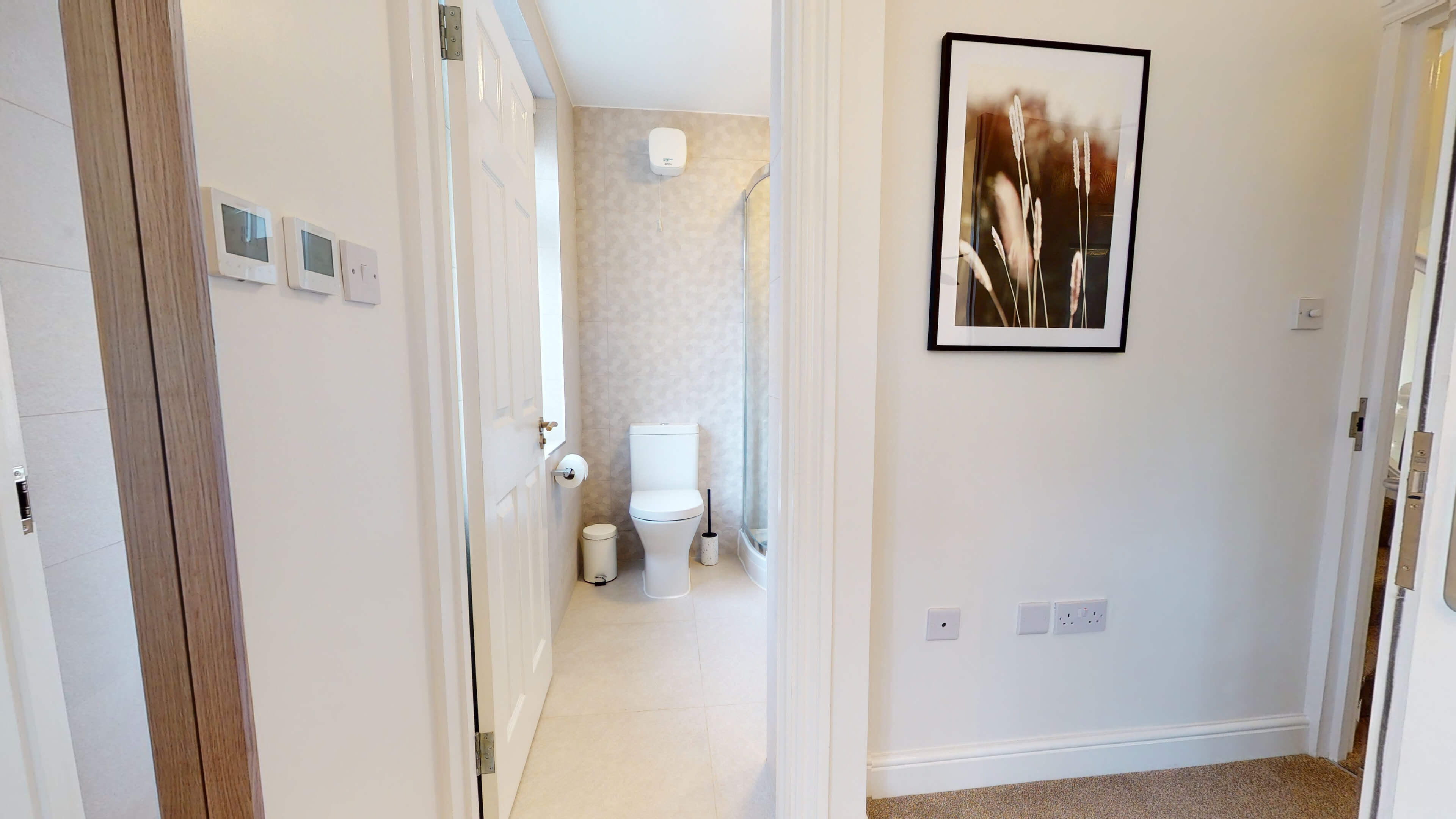 The Oxford Lodge Merton Suite 2 The Oxford Lodge Merton Suite Bathroom3