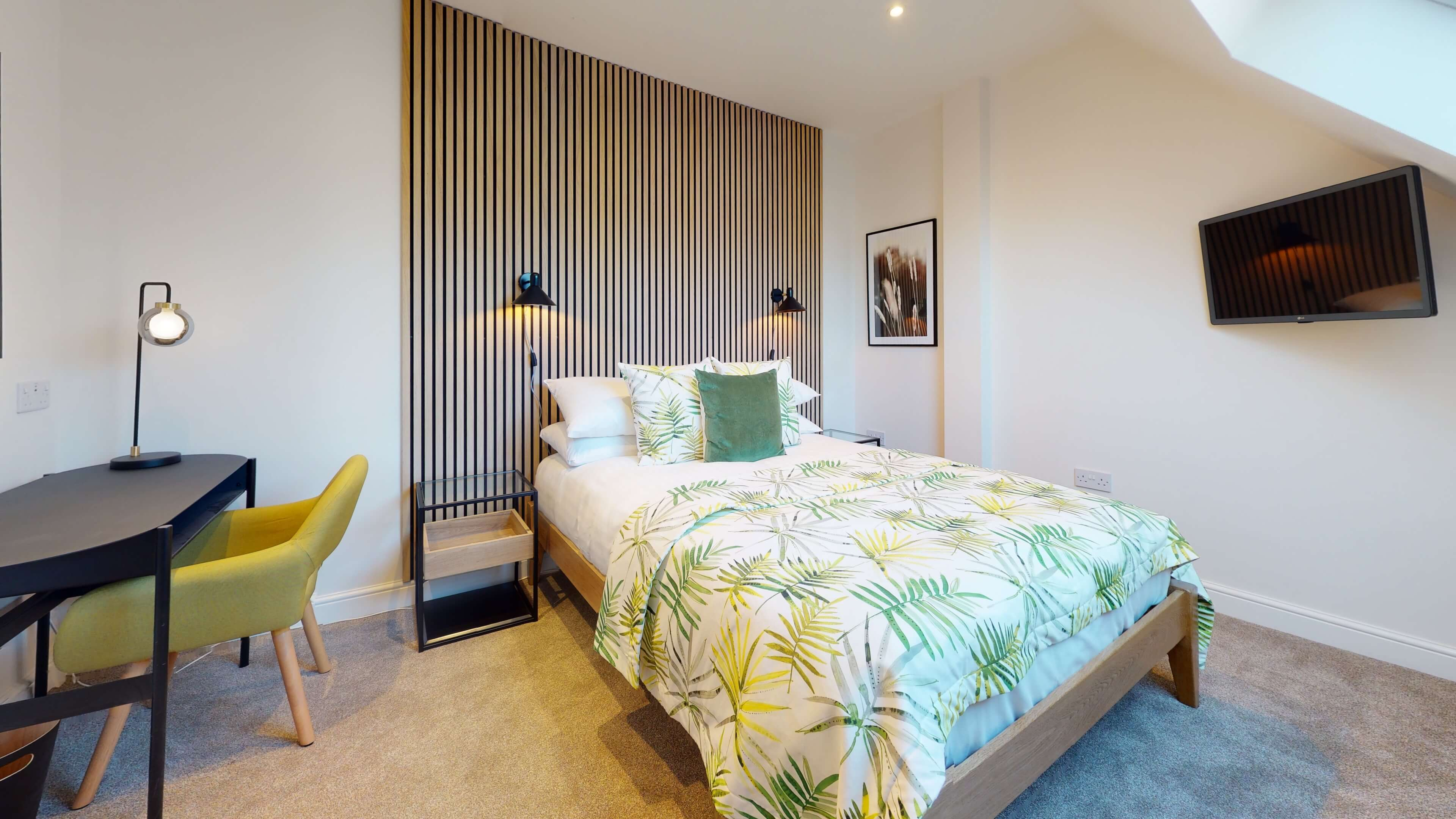 The Oxford Lodge Exeter Suite 5 Bedroom