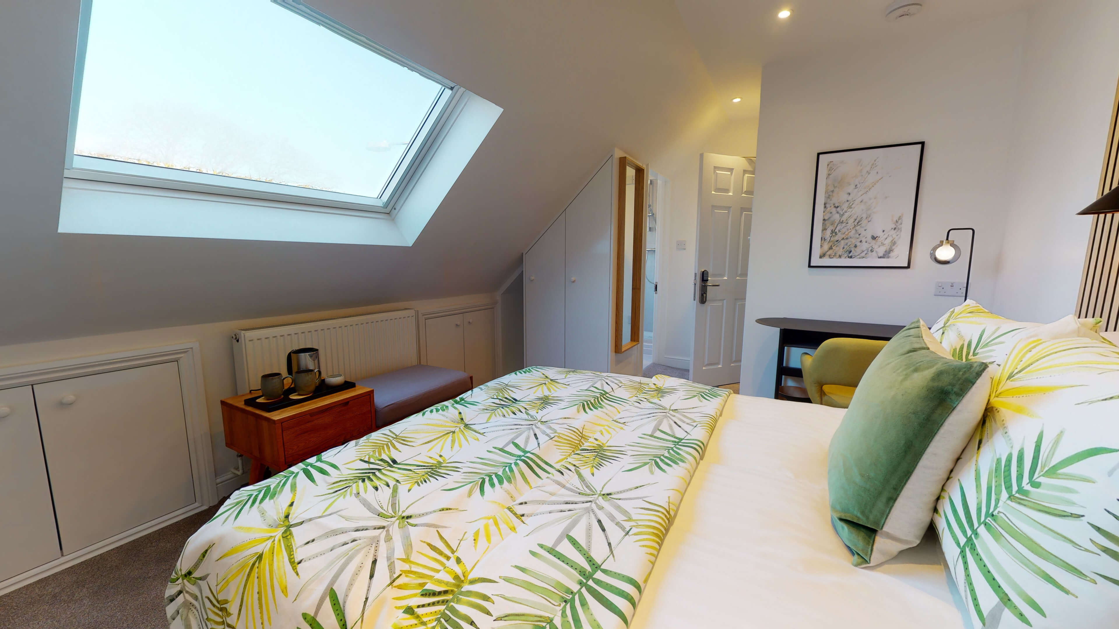 The Oxford Lodge Exeter Suite 5 The Oxford Lodge Exeter Suite9