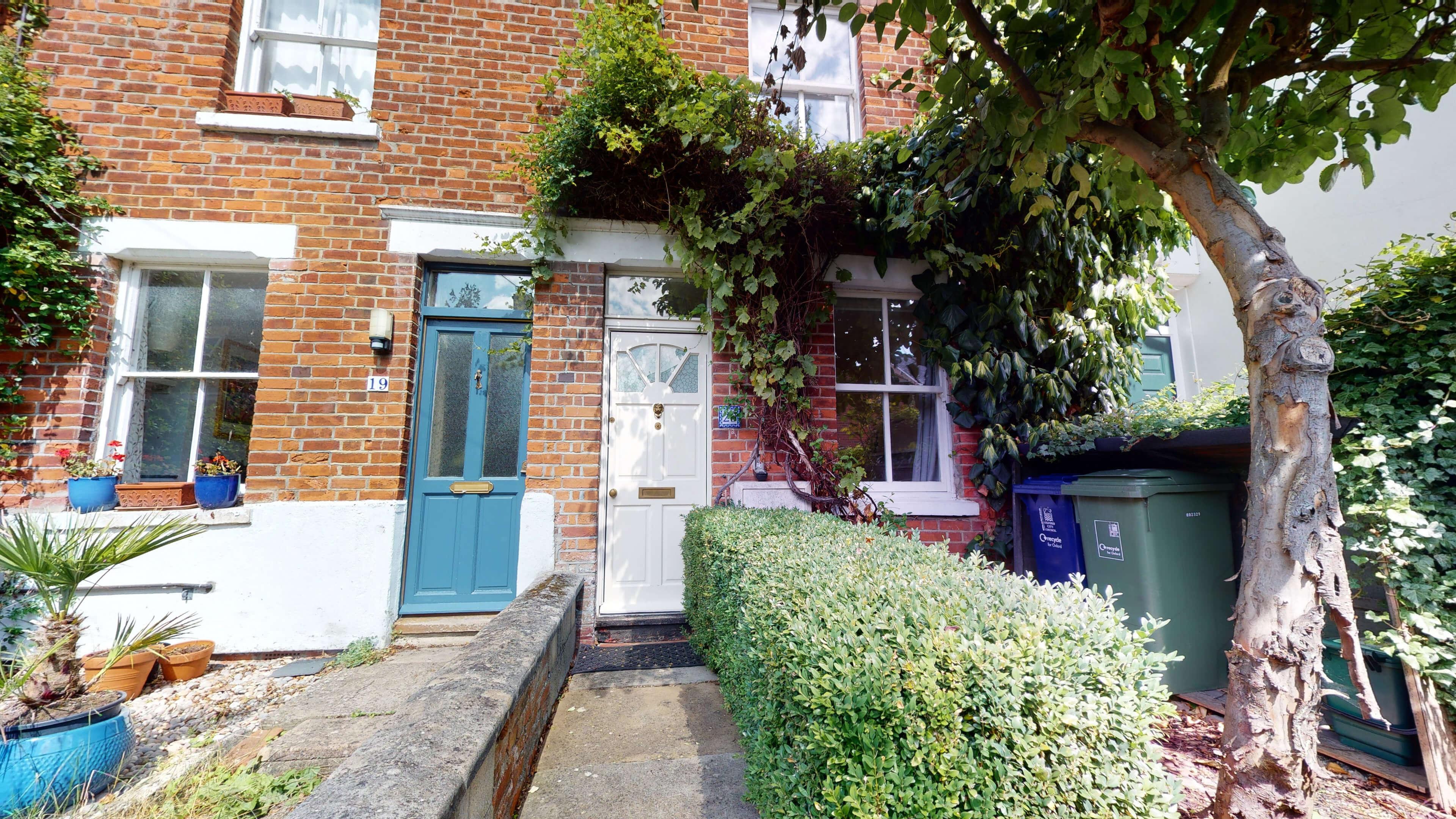 Quince Cottage Quince Cottage Front1