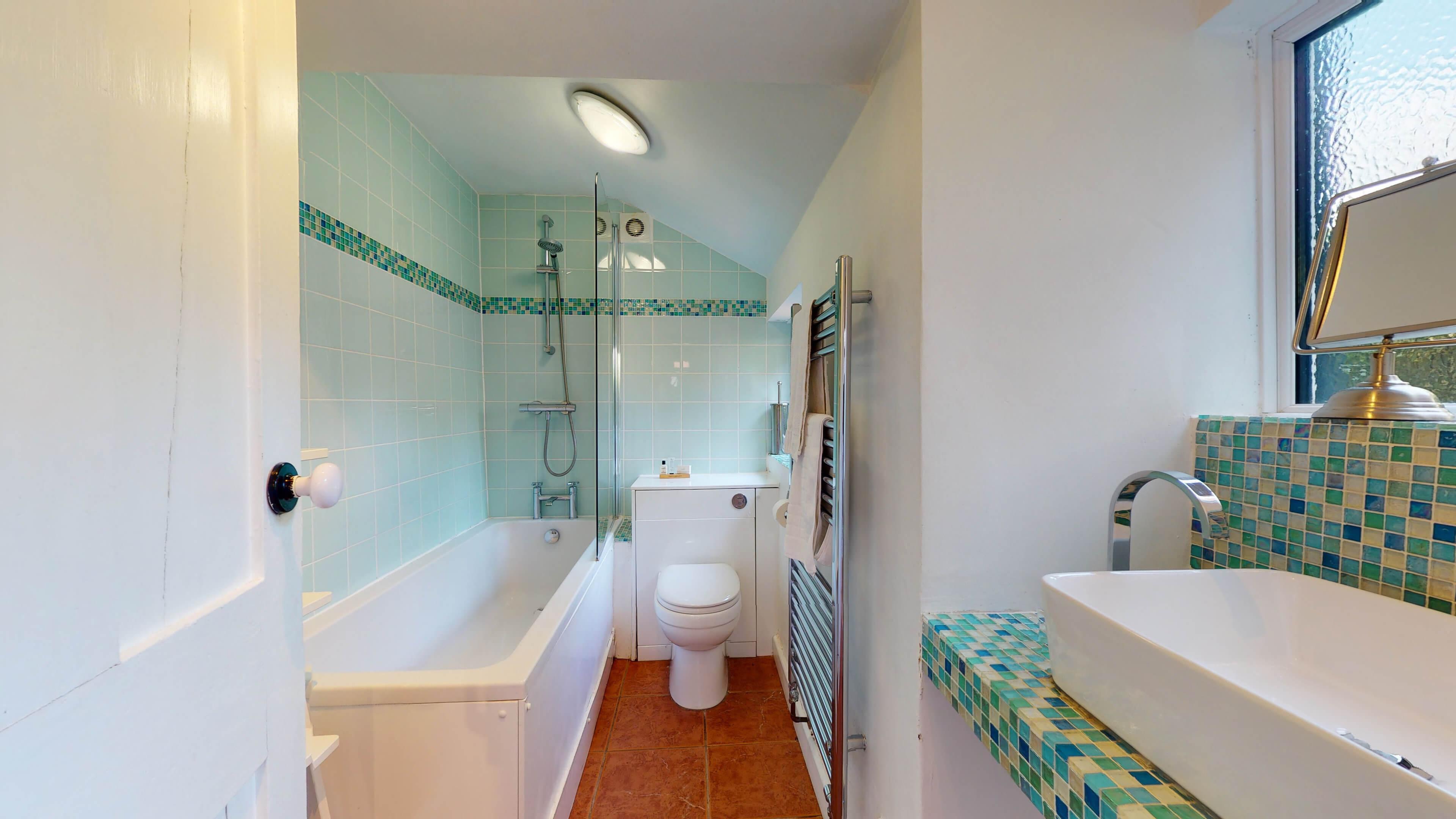 Quince Cottage Quince Cottage Bathroom