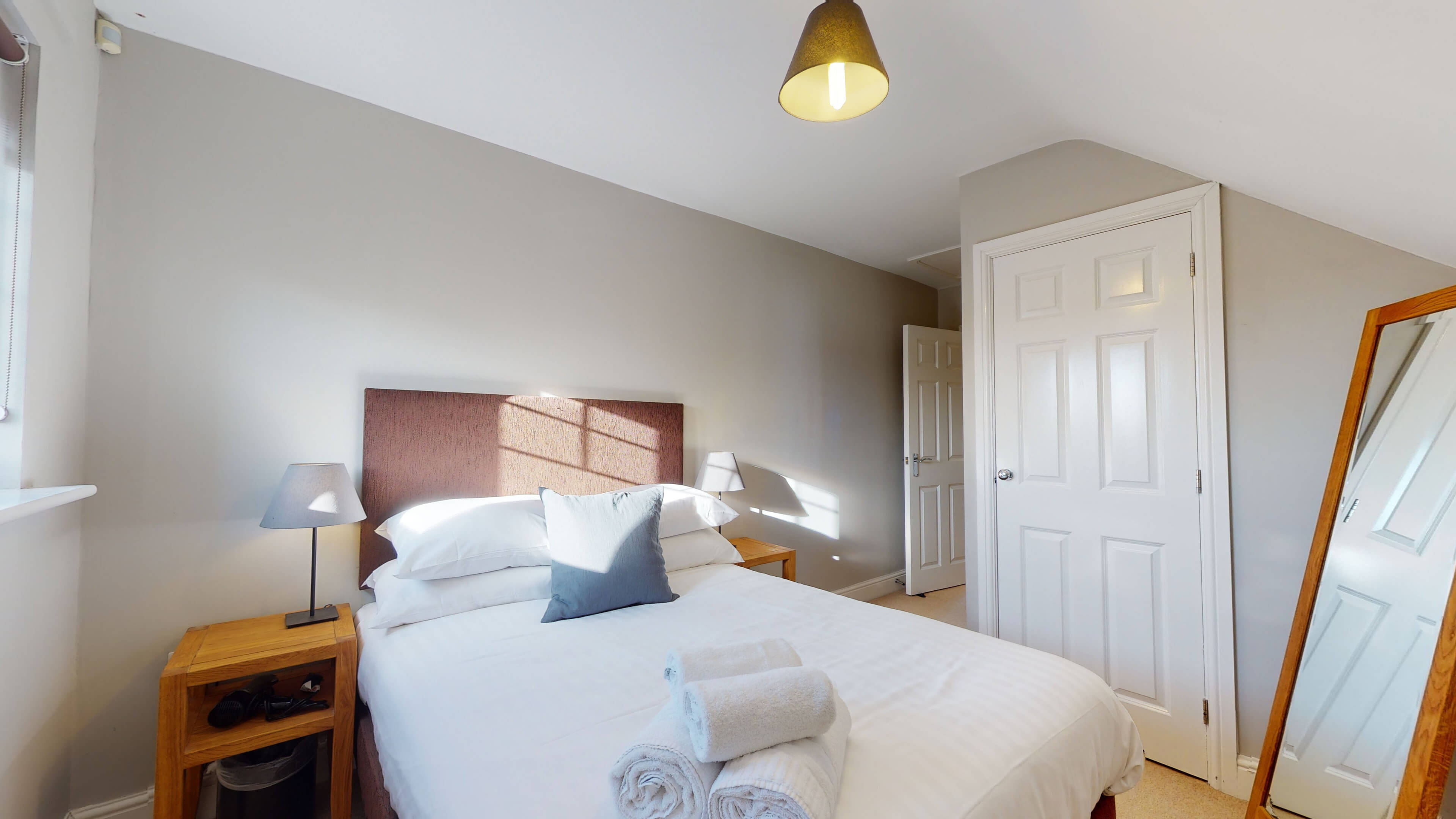 The Churchill Suite Furnished Oxford Apartment Churchill Suite Oxford Furnished Apartment15