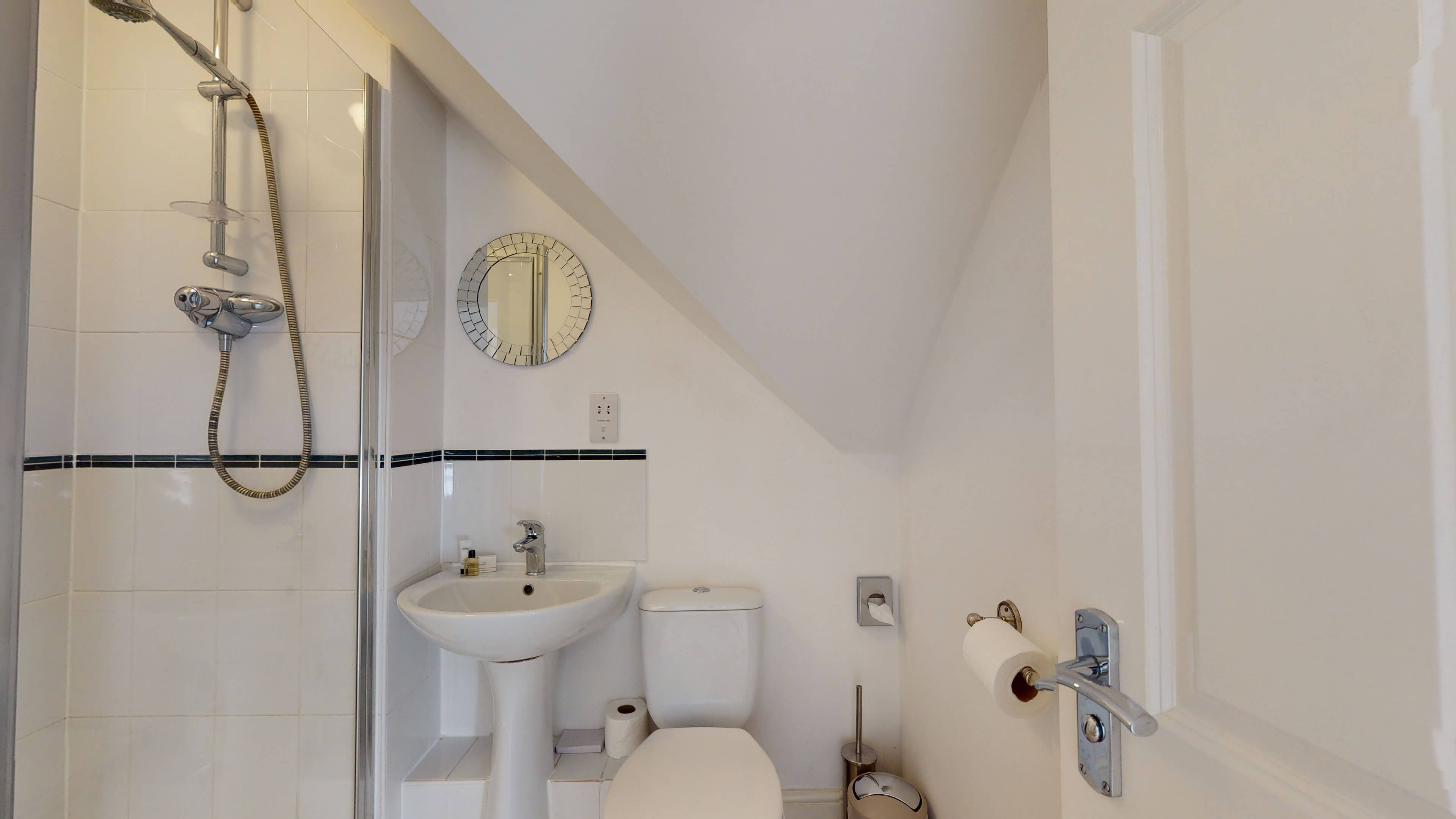 The Churchill Suite Furnished Oxford Apartment Churchill Suite Oxford Furnished Apartment18