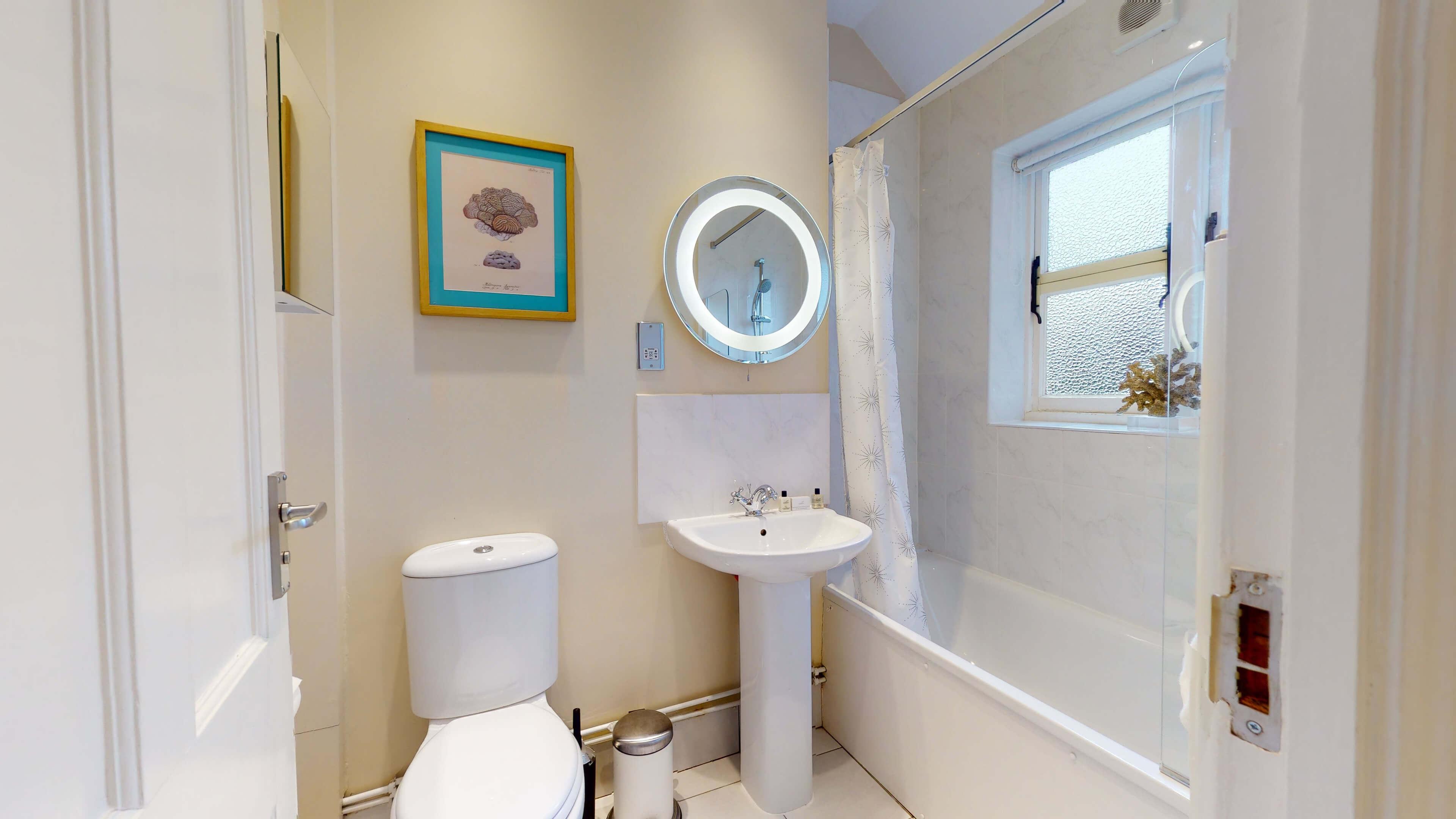 10A Rawlinson Road Rawlinson Road Bathroom2
