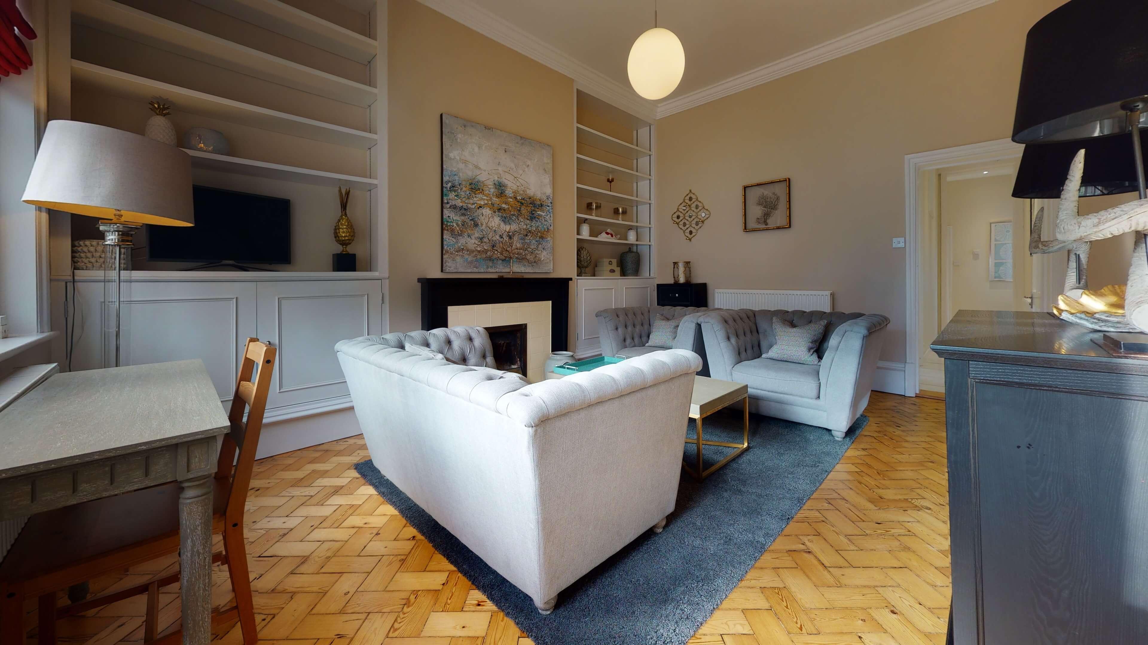 10A Rawlinson Road Living Room