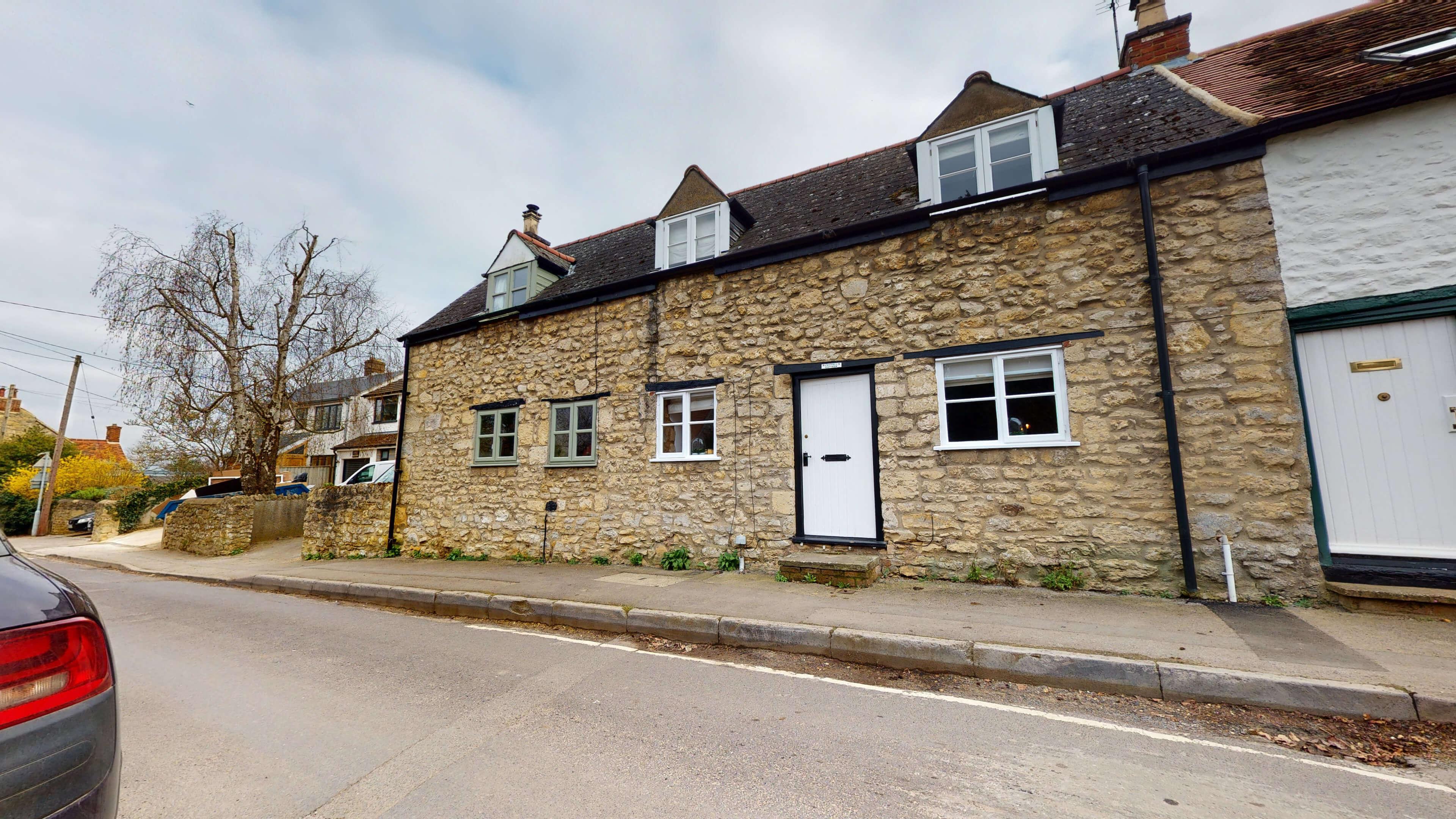 Bushnells Cottage Exterior