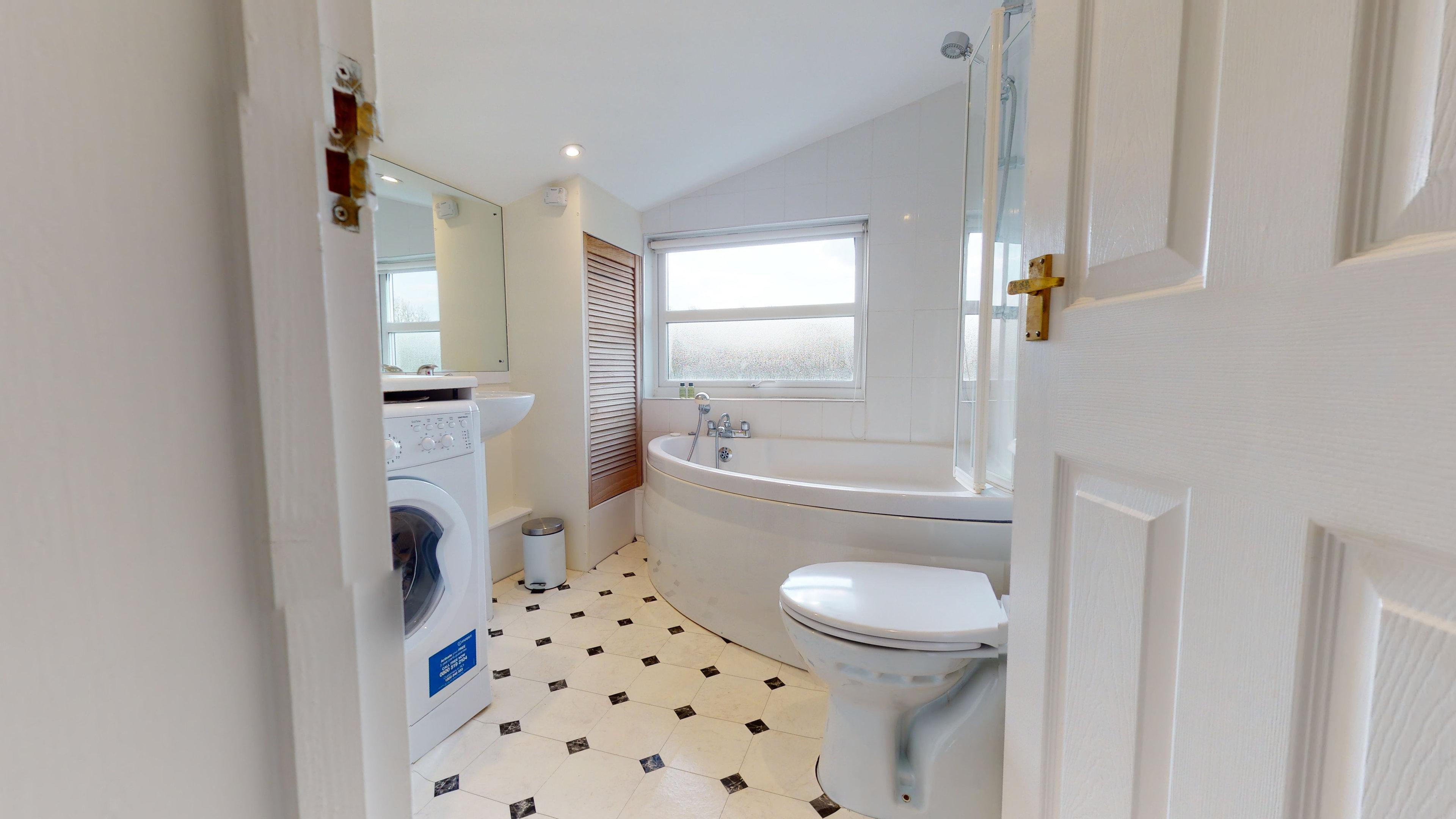Marlborough Road Marlborough Road Bathroom1