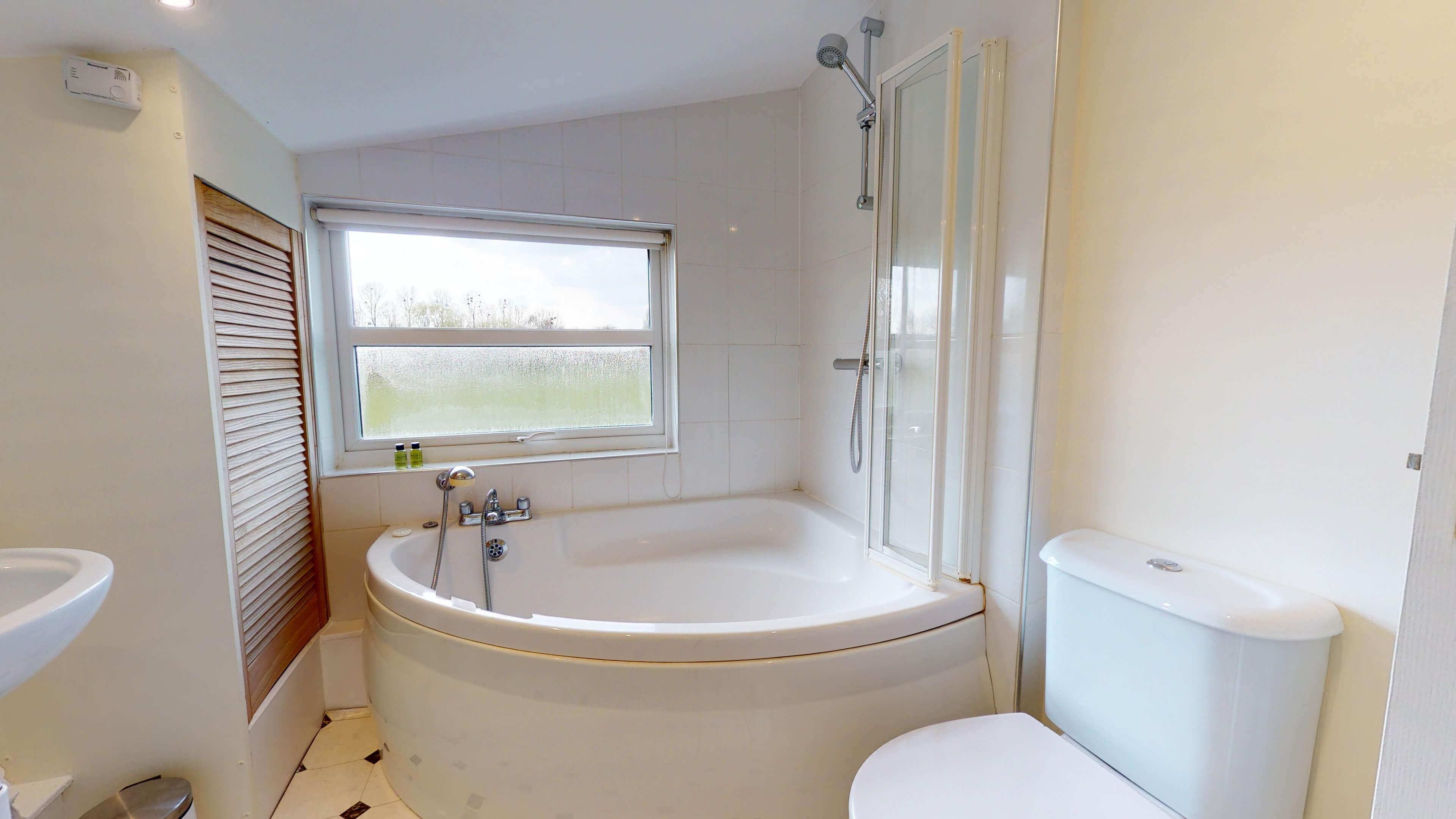 Marlborough Road Marlborough Road Bathroom