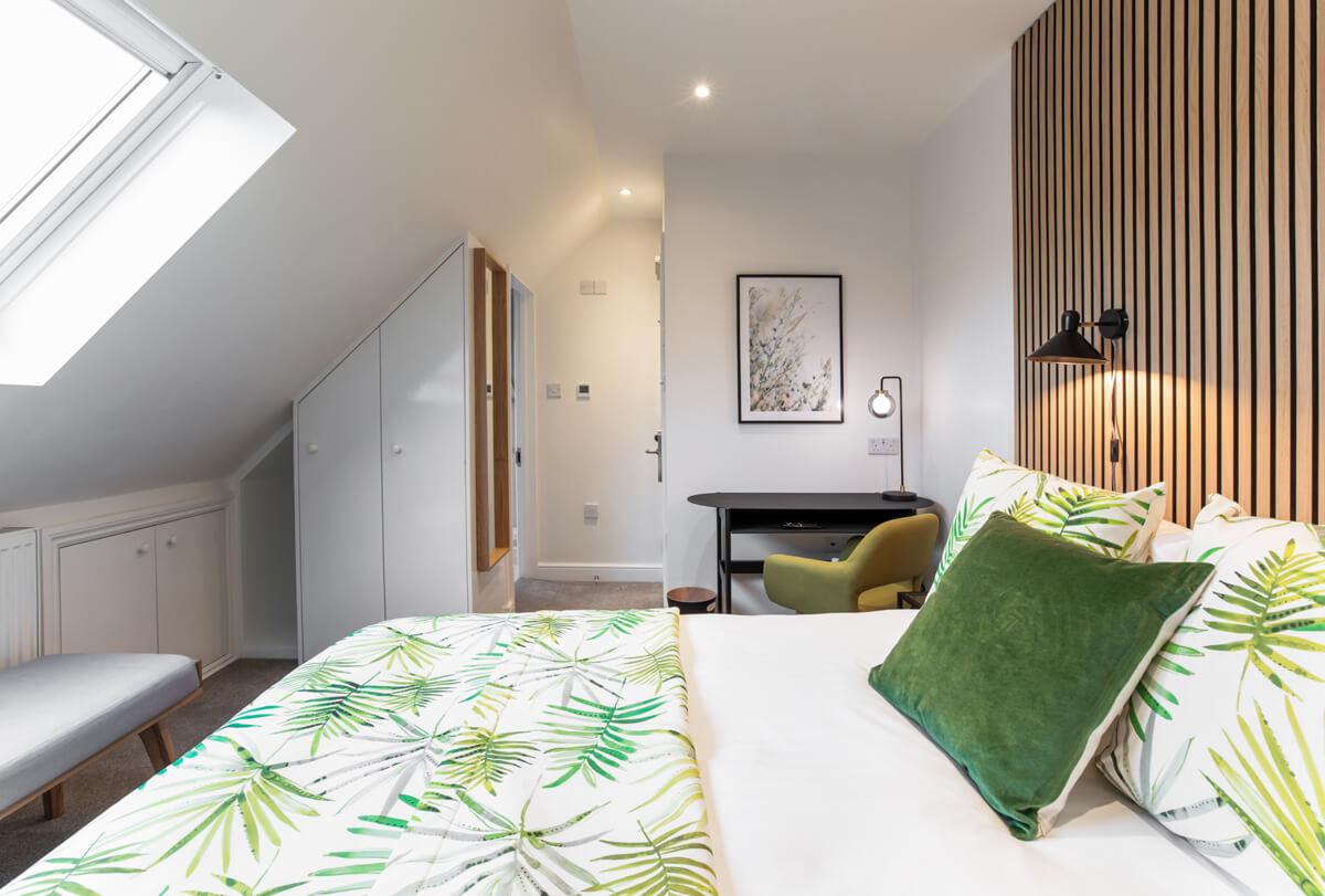 Oxford Lodge Pro Room 5 1