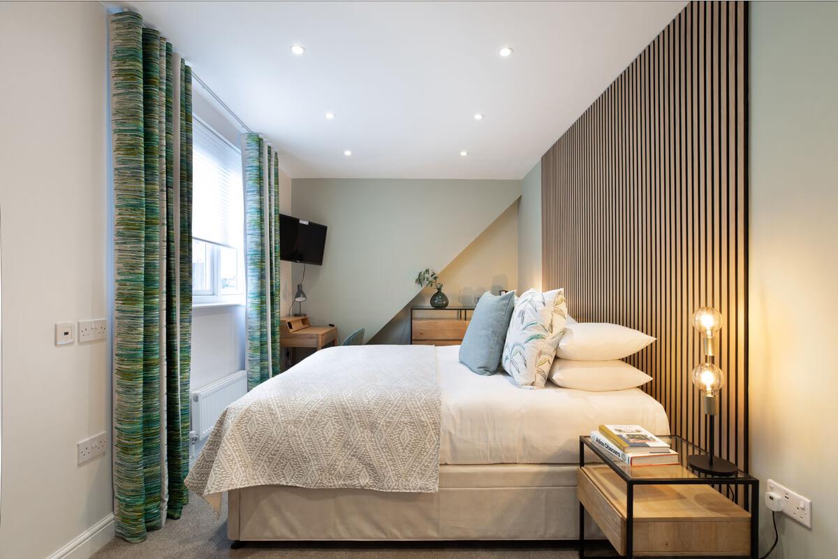 Oxford Lodge Pro Room 6 1
