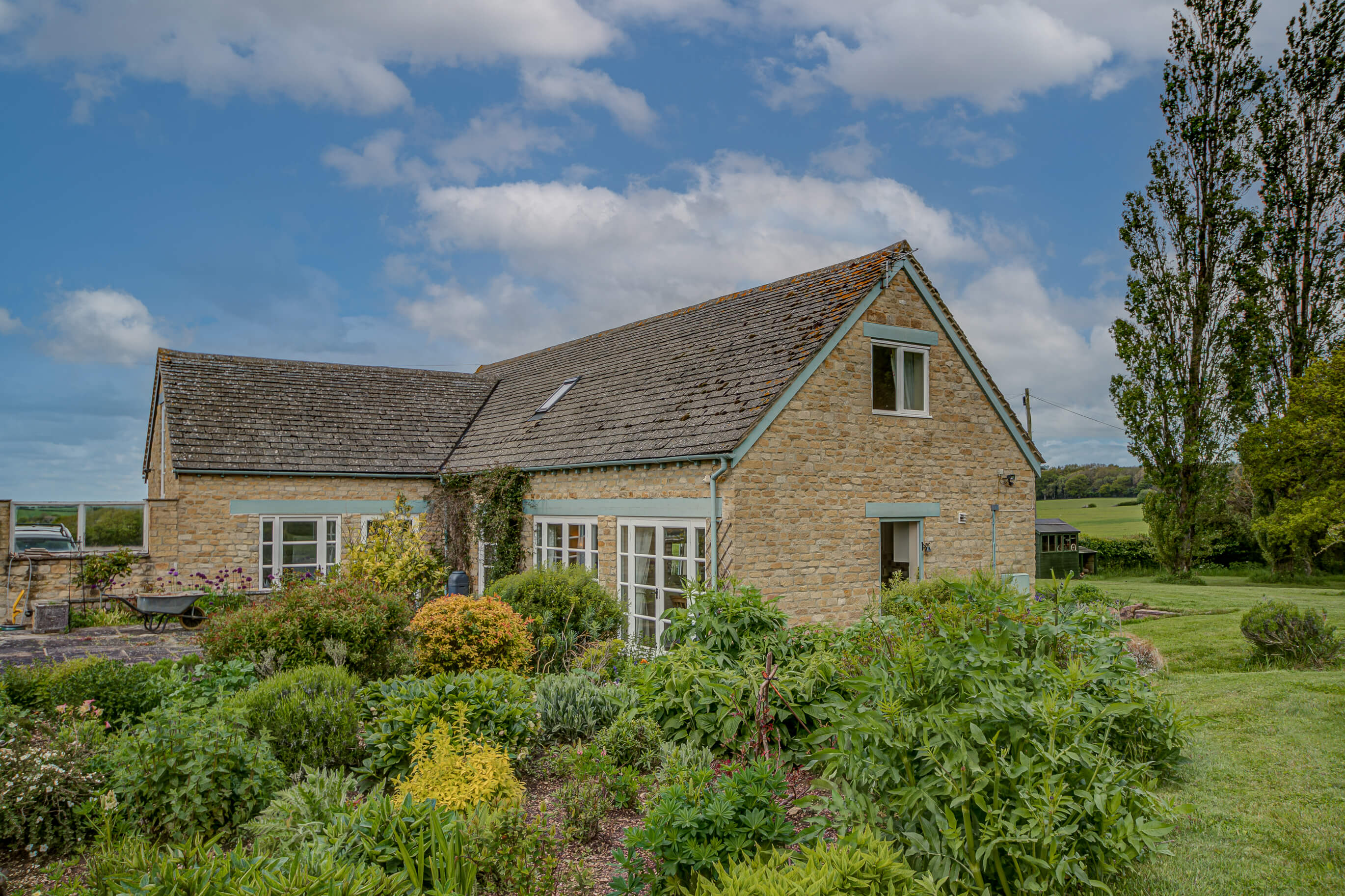 Spring Hill Holiday Cottage 1