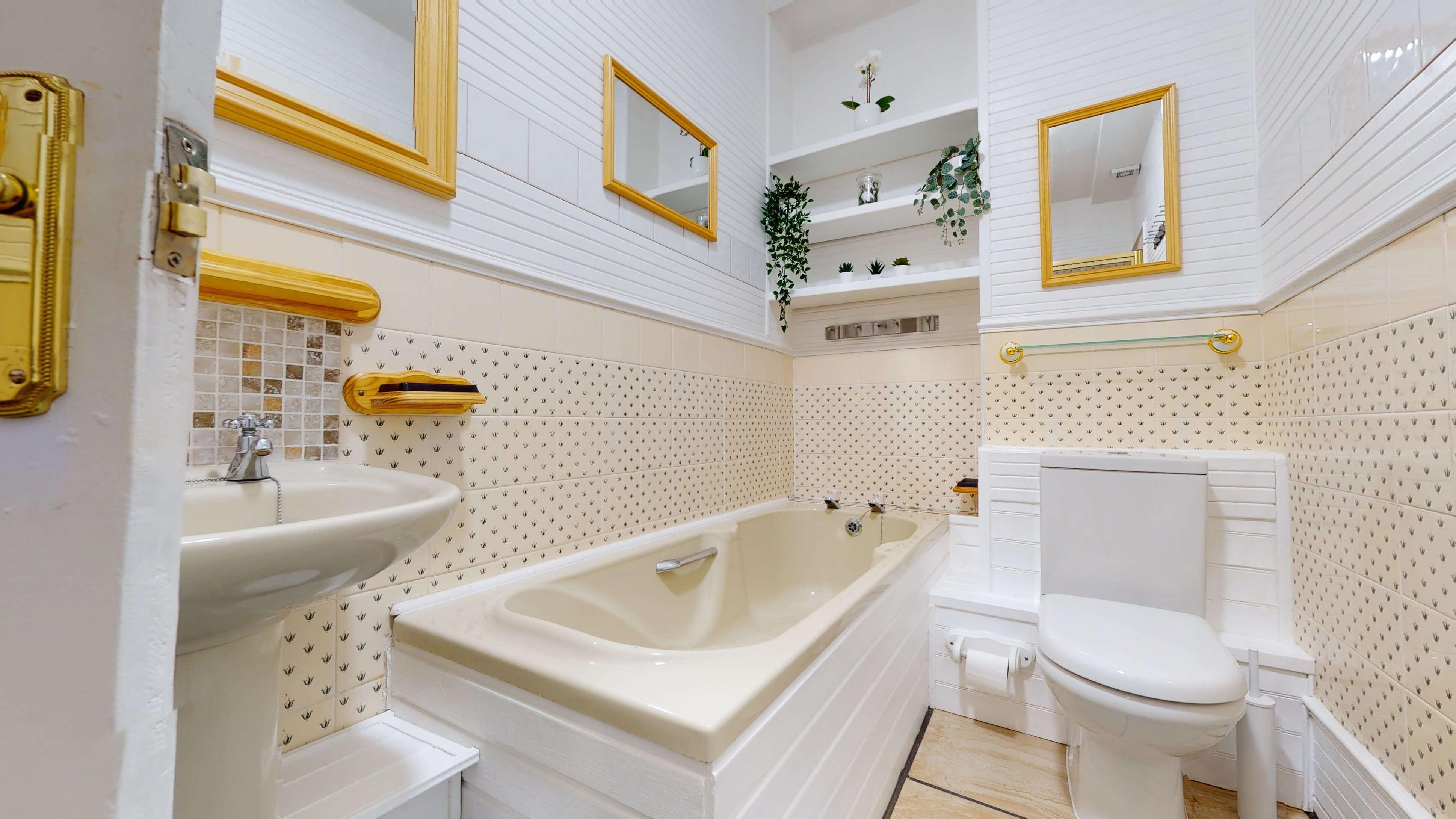 Portland Street Portland Street Bathroom