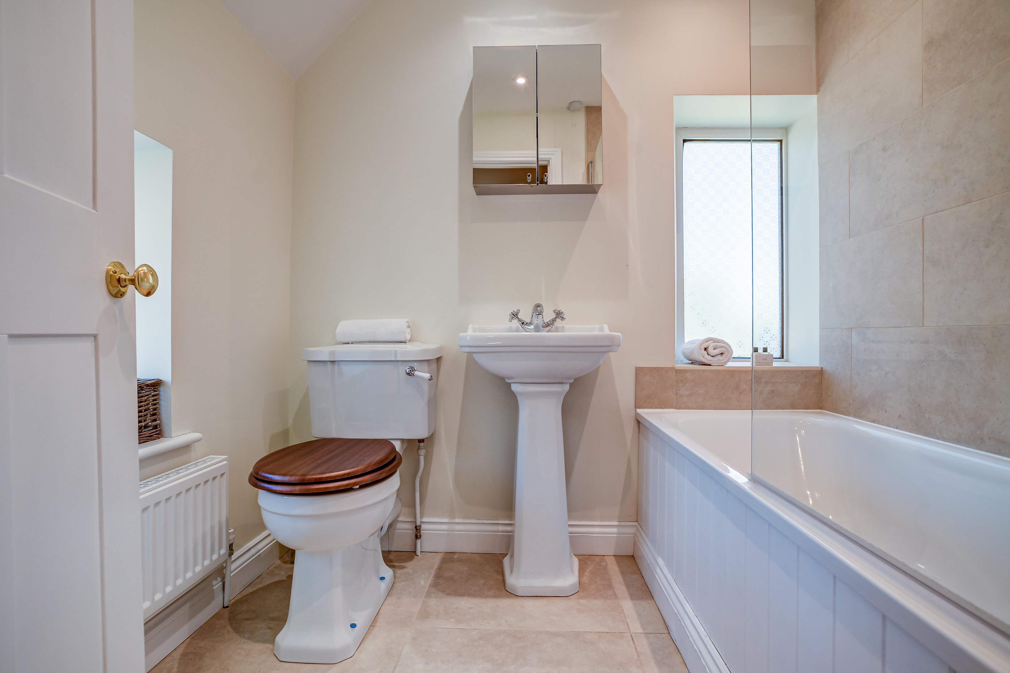 Rose Cottage Bathroom