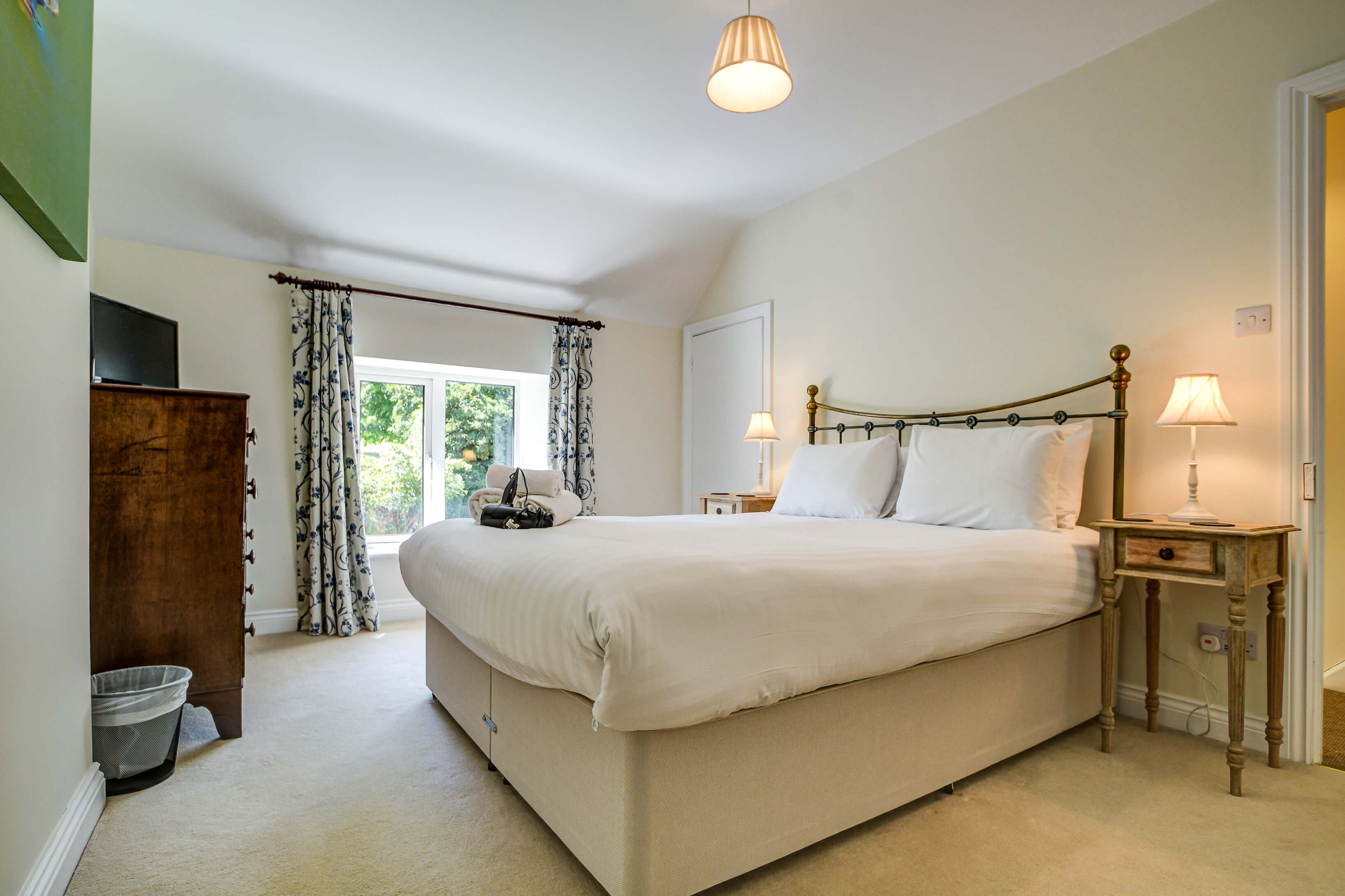 Rose Cottage Bedrom Double 2