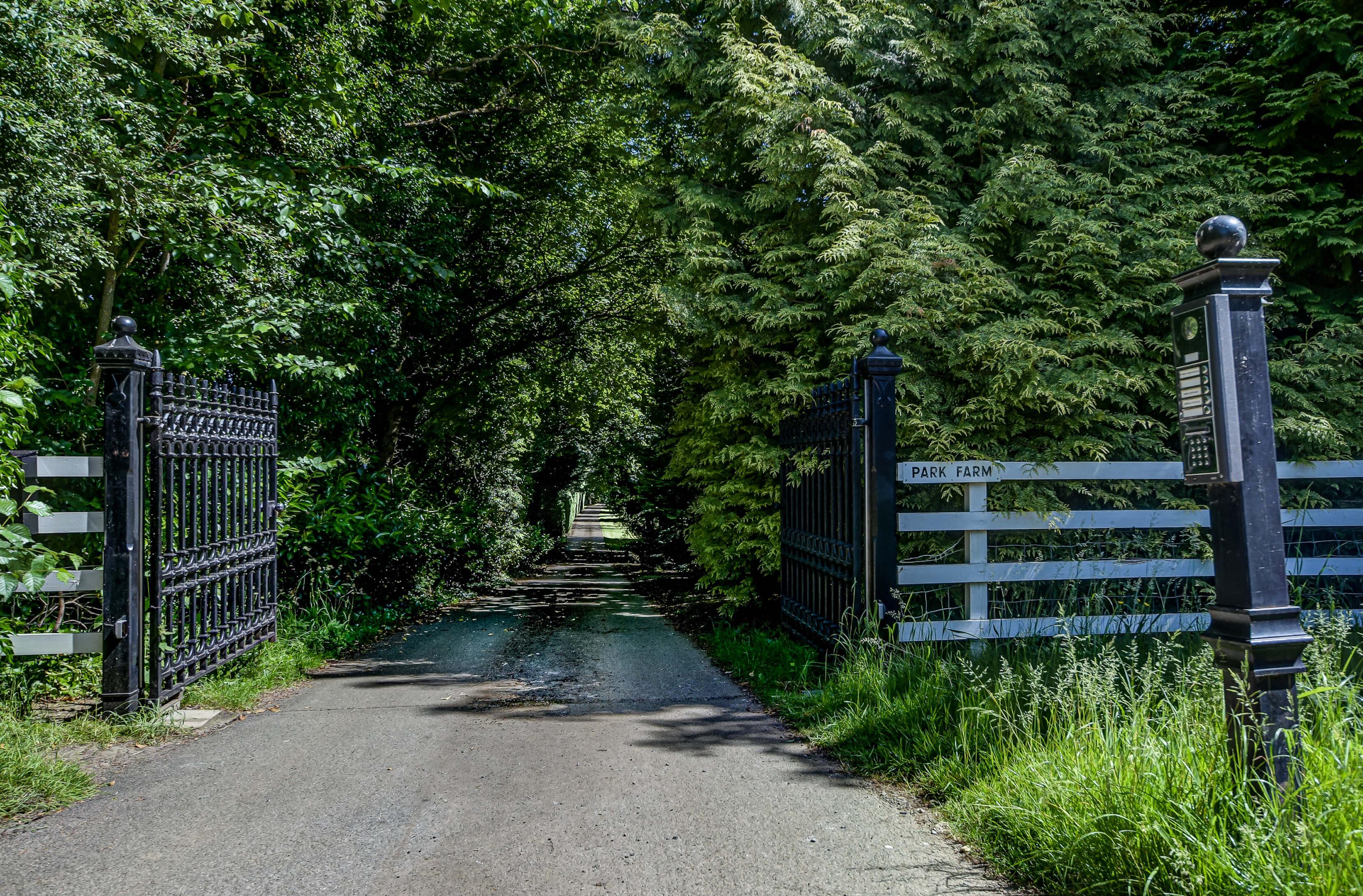 Rose Cottage Driveway