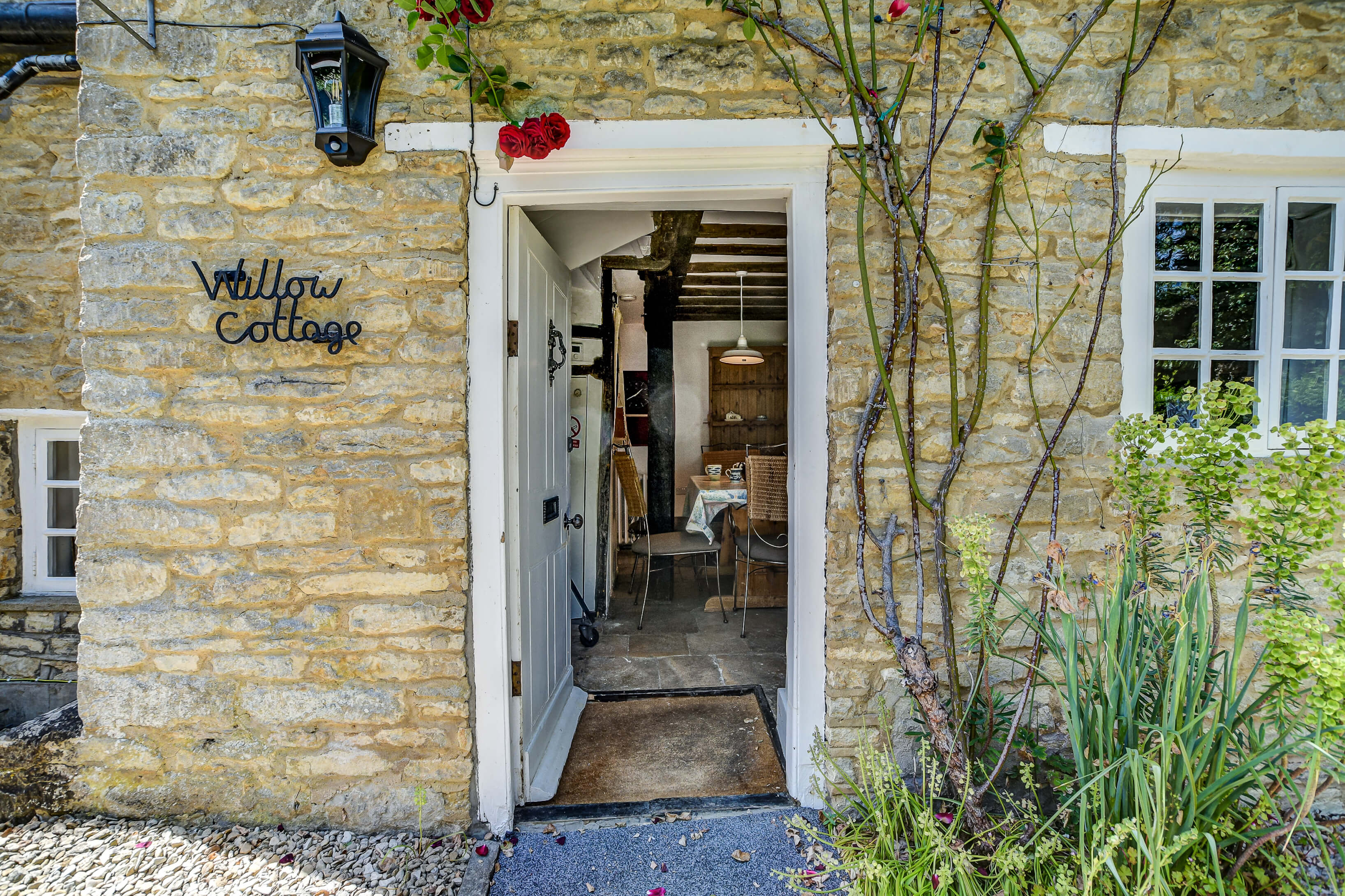 Willow Cottage 1738 39 40