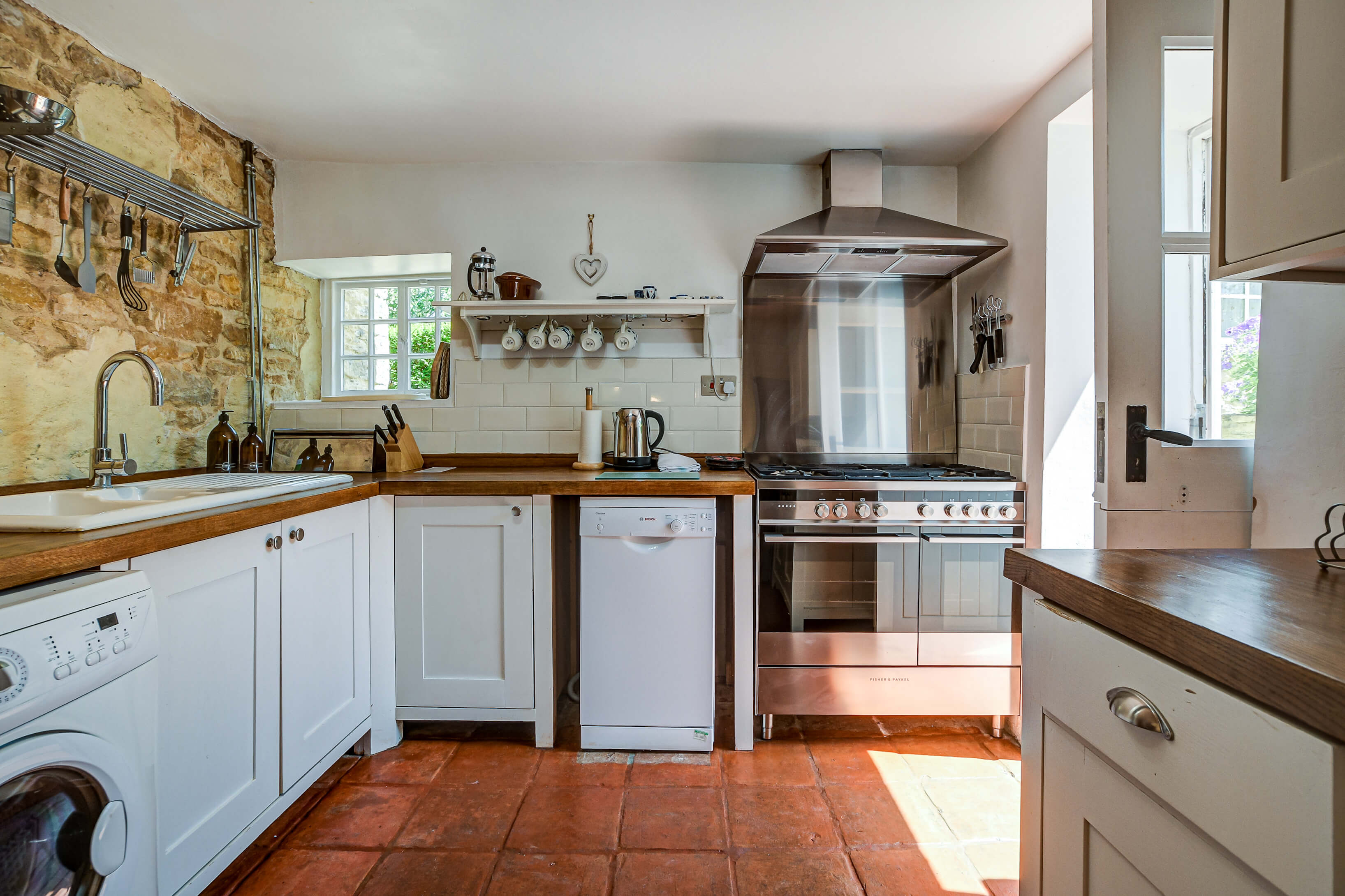 Willow Cottage 1699 700 701