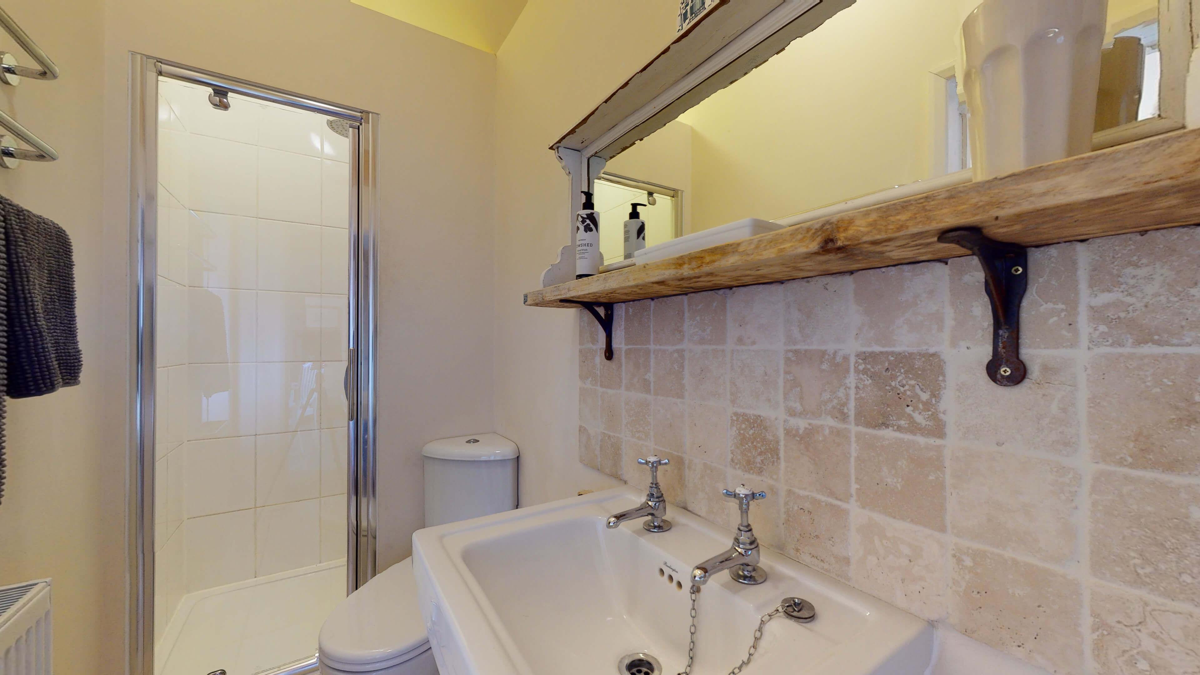 Sansoms Cottage Sansoms Loft Bathroom