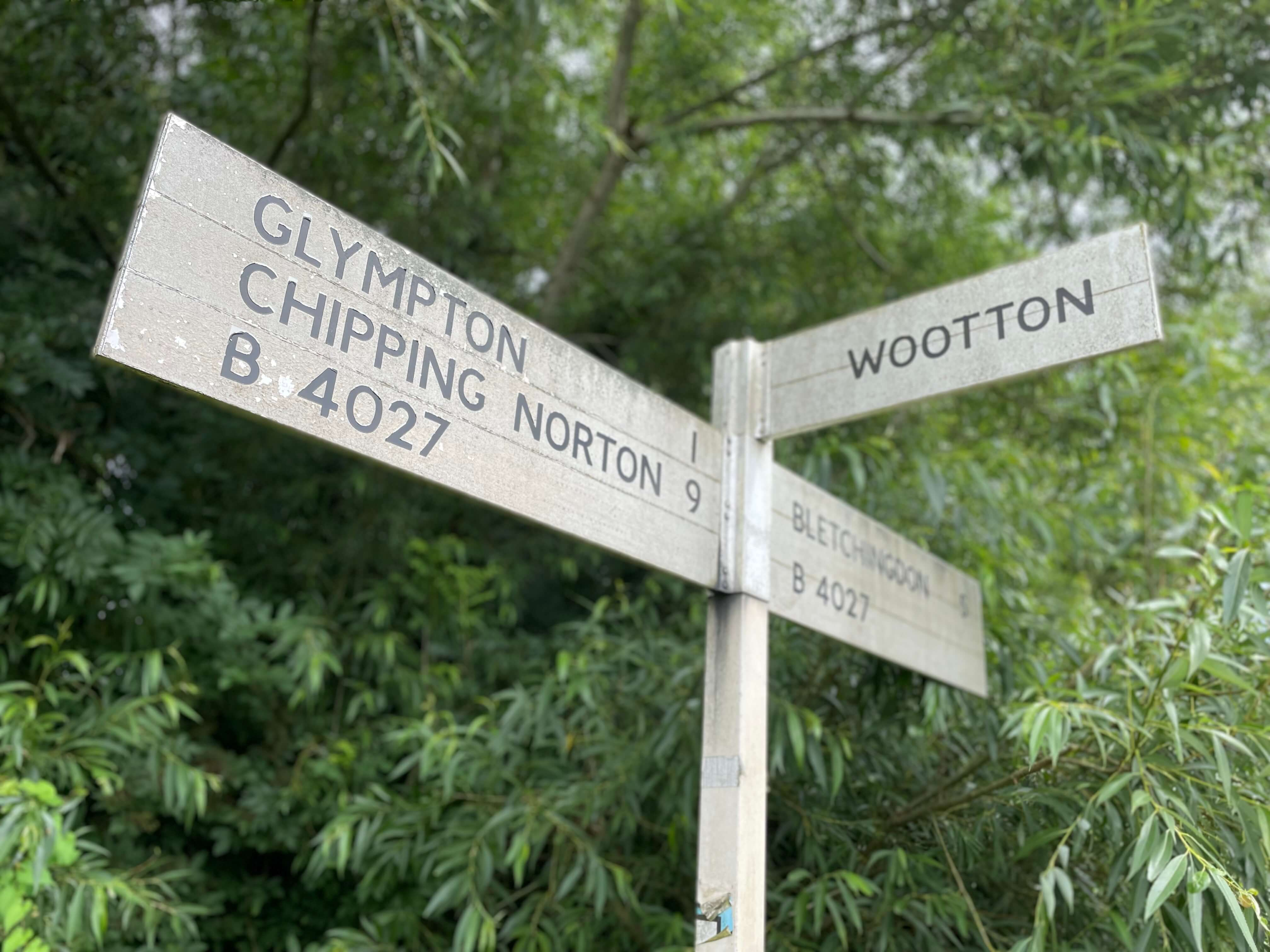 Sign Wootton Chipping Norton